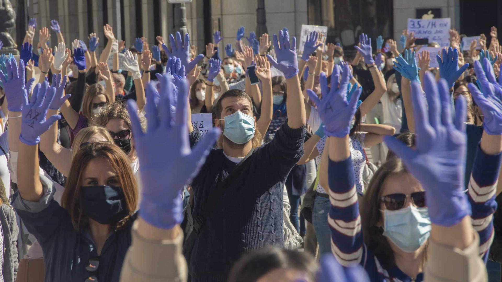 Pandemia ameaçará economia nos próximos 3 a 5 anos, diz Fórum Econômico Mundial