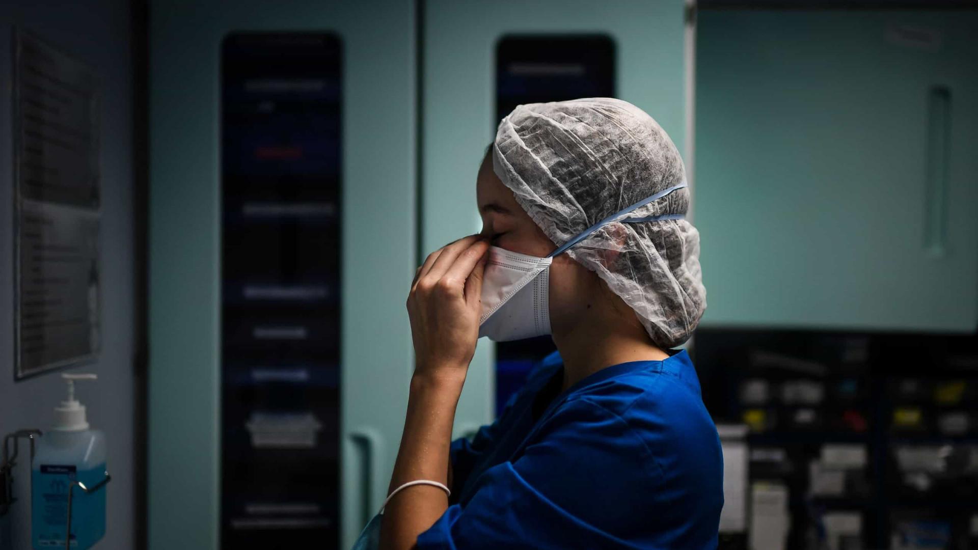 Covid-19: Brasil tem 5,35 milhões de casos e 156,4 mil mortes
