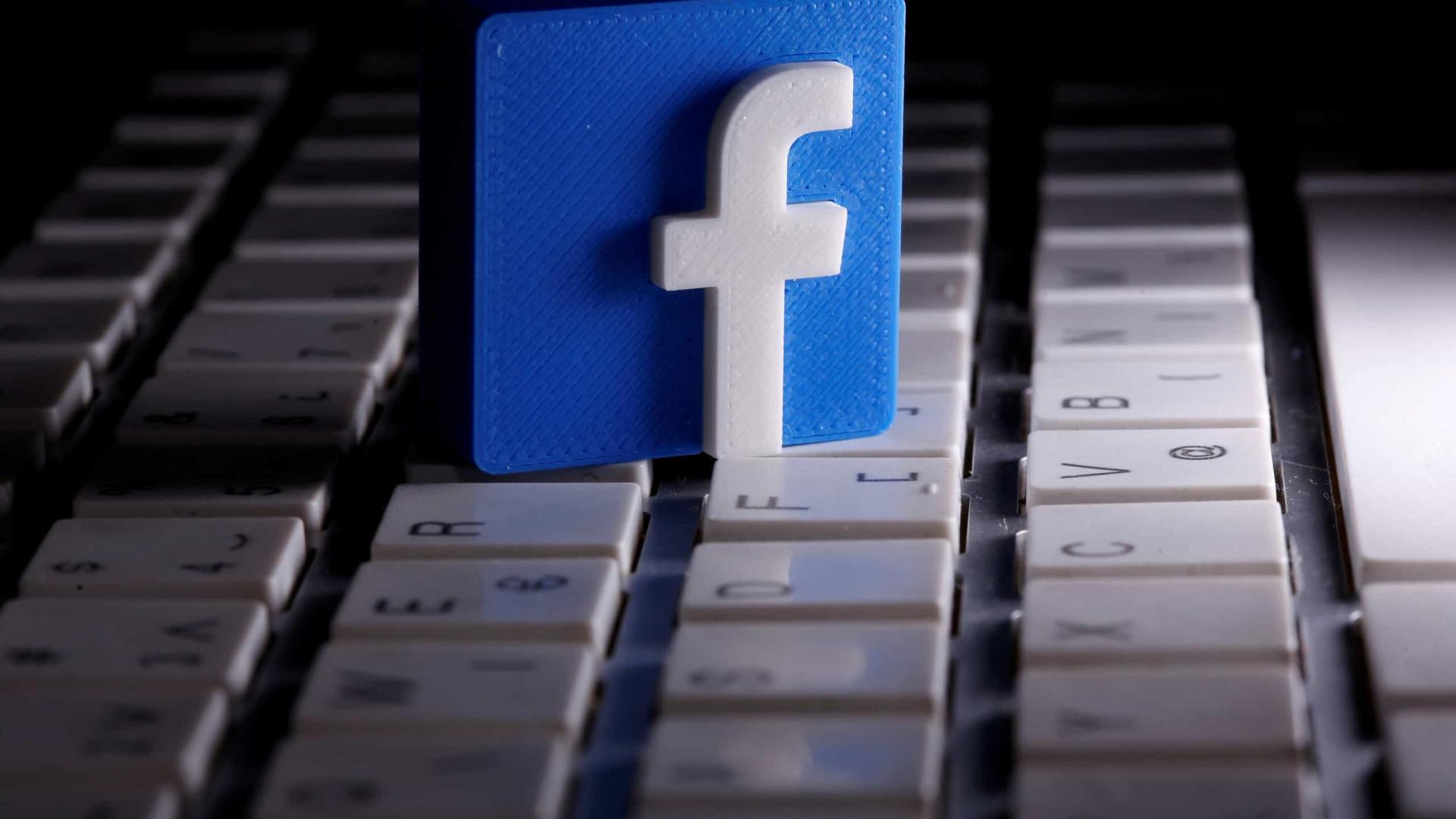 Facebook cria salas de áudio para rivalizar com Clubhouse