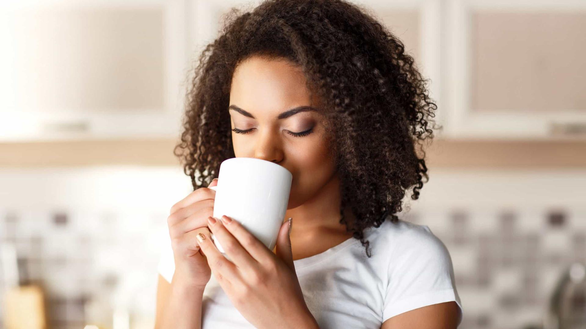 Jejum intermitente. Podemos beber café durante o período de jejum?
