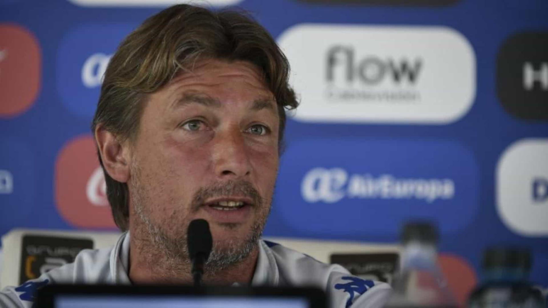 Após 3 propostas recusadas, Palmeiras negocia com o técnico Gabriel Heinze