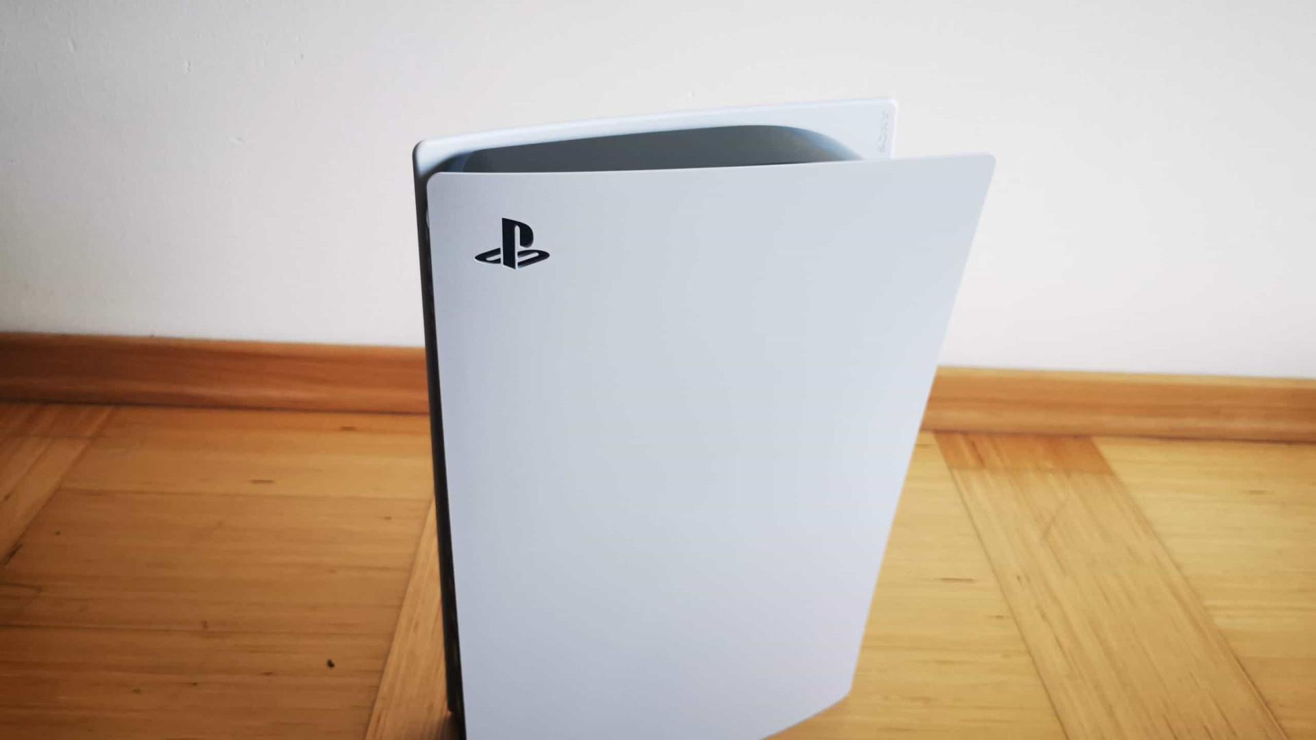 Já recebemos o PlayStation 5! Veja como é tirar o console da caixa