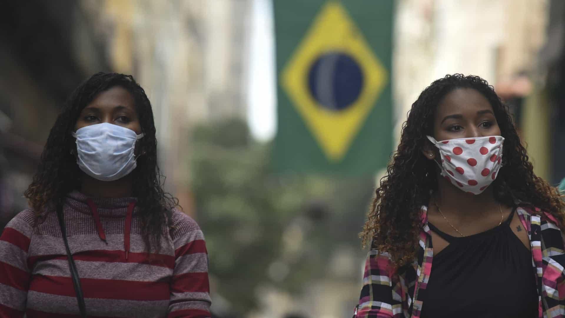 Estado do Rio registra três mortes e 926 novos casos de covid em 24 horas