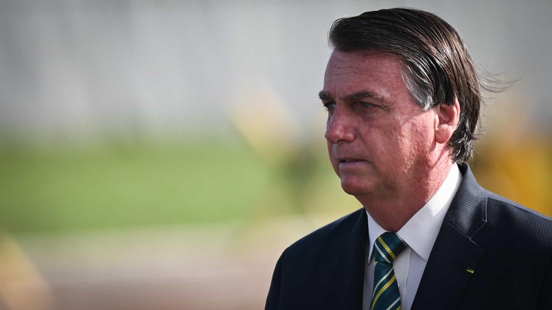 Bolsonaro abre mão de depoimento presencial sobre suposta interferência na PF