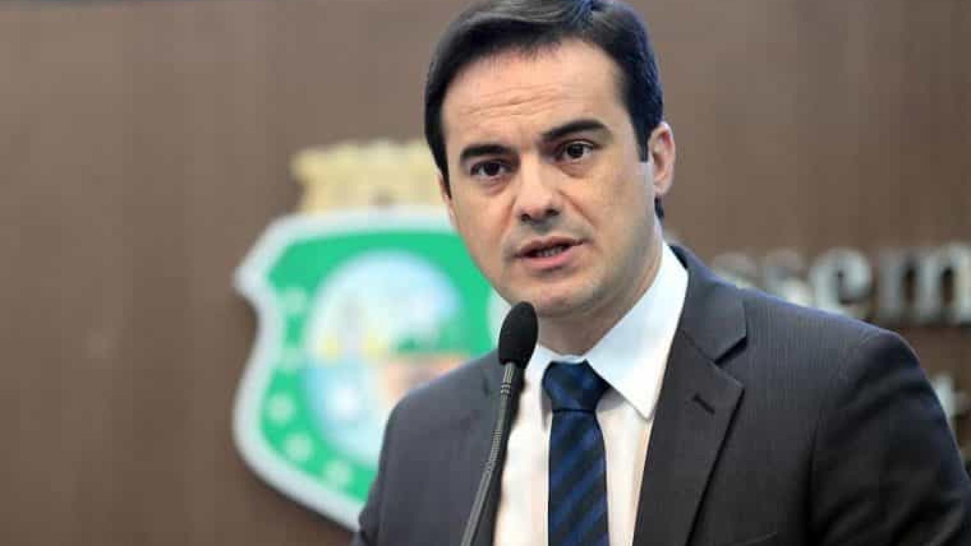 Estamos enfrentando poder econômico do Estado, diz Wagner ao votar em Fortaleza