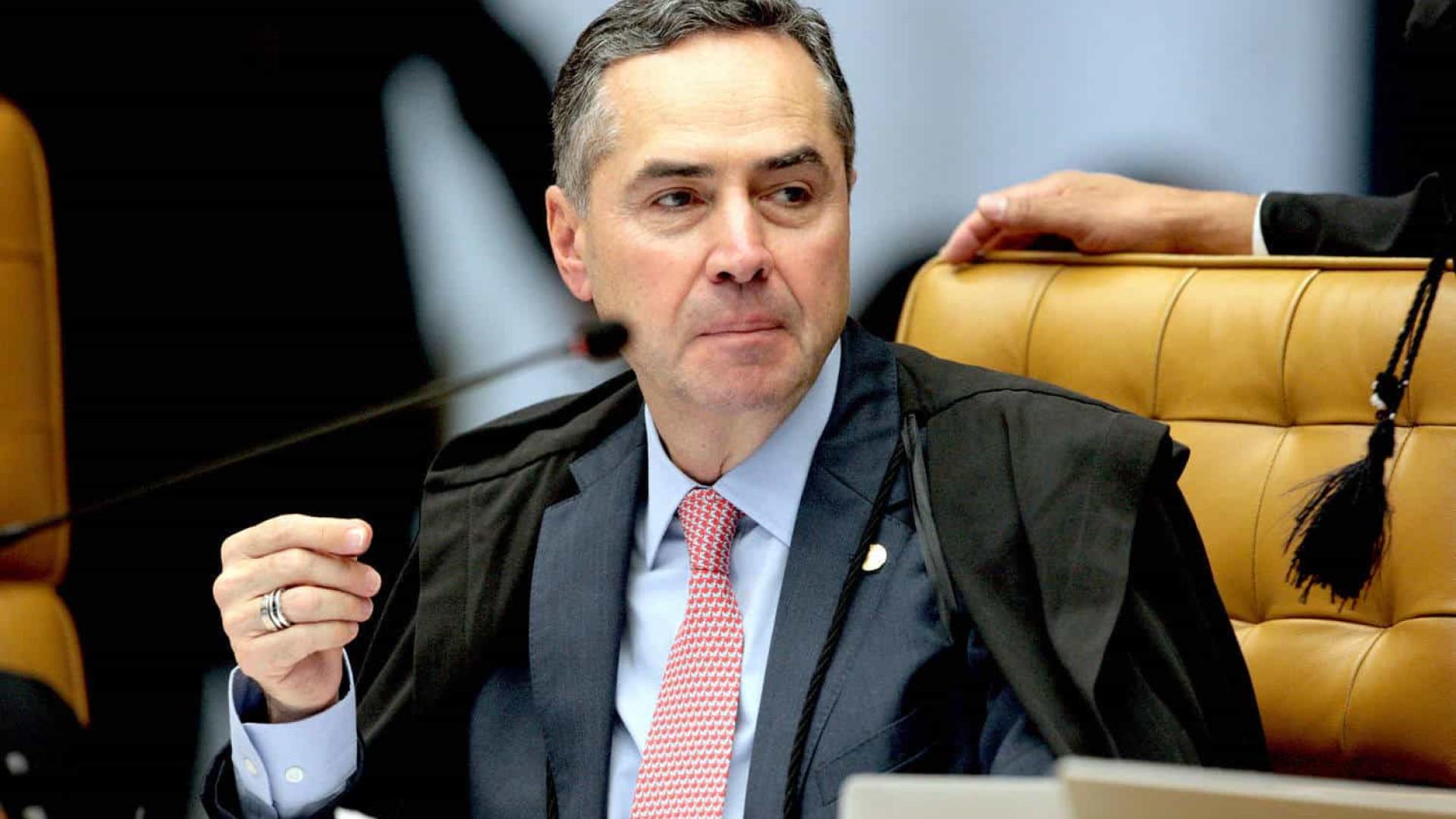 Barroso determina que PF rastreie denúncias de fraudes em urnas eletrônicas
