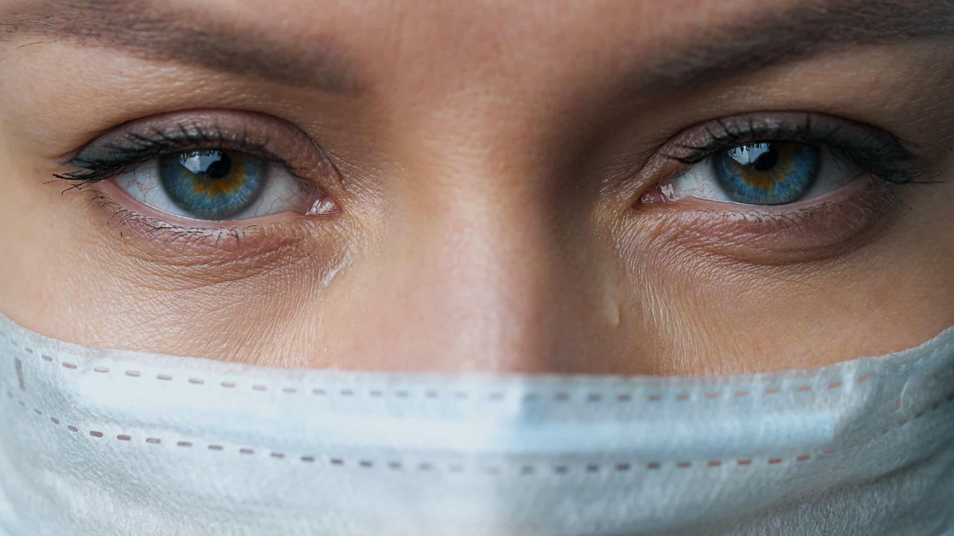 Colocar uma máscara usada pode ser mais perigoso do que não usar nenhuma