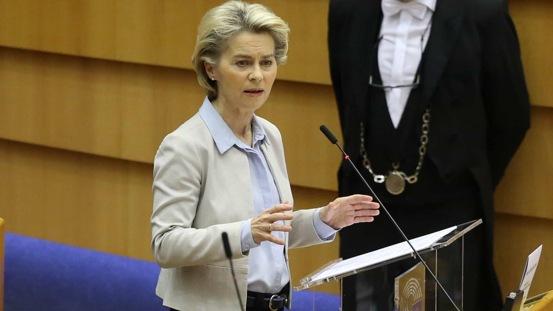 Comissão Europeia diz estar preparada se não existir acordo com Reino Unido