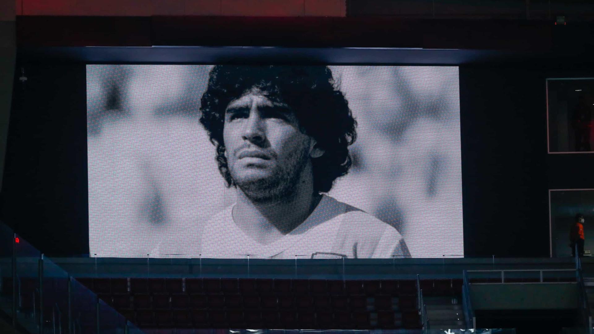 Maradona inspirou músicas, filmes, séries e documentário de vencedor de Oscar