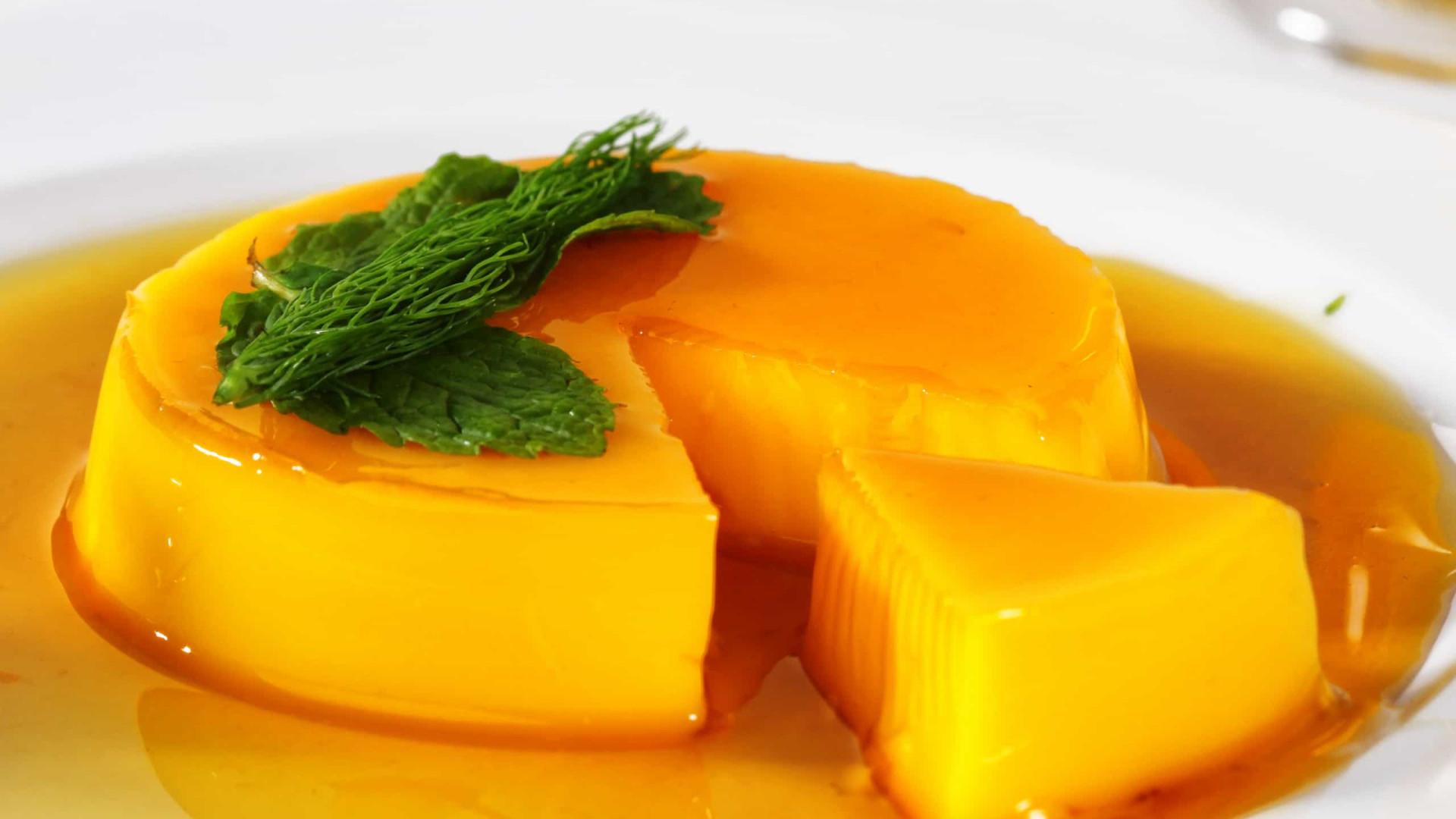 E que tal um delicioso pudim de laranja? Diga sim!