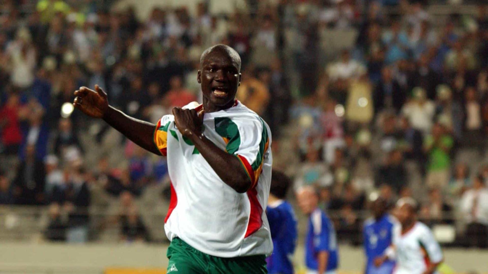 Destaque do Senegal na Copa de 2002, ex-meia Diop morre aos 42 anos
