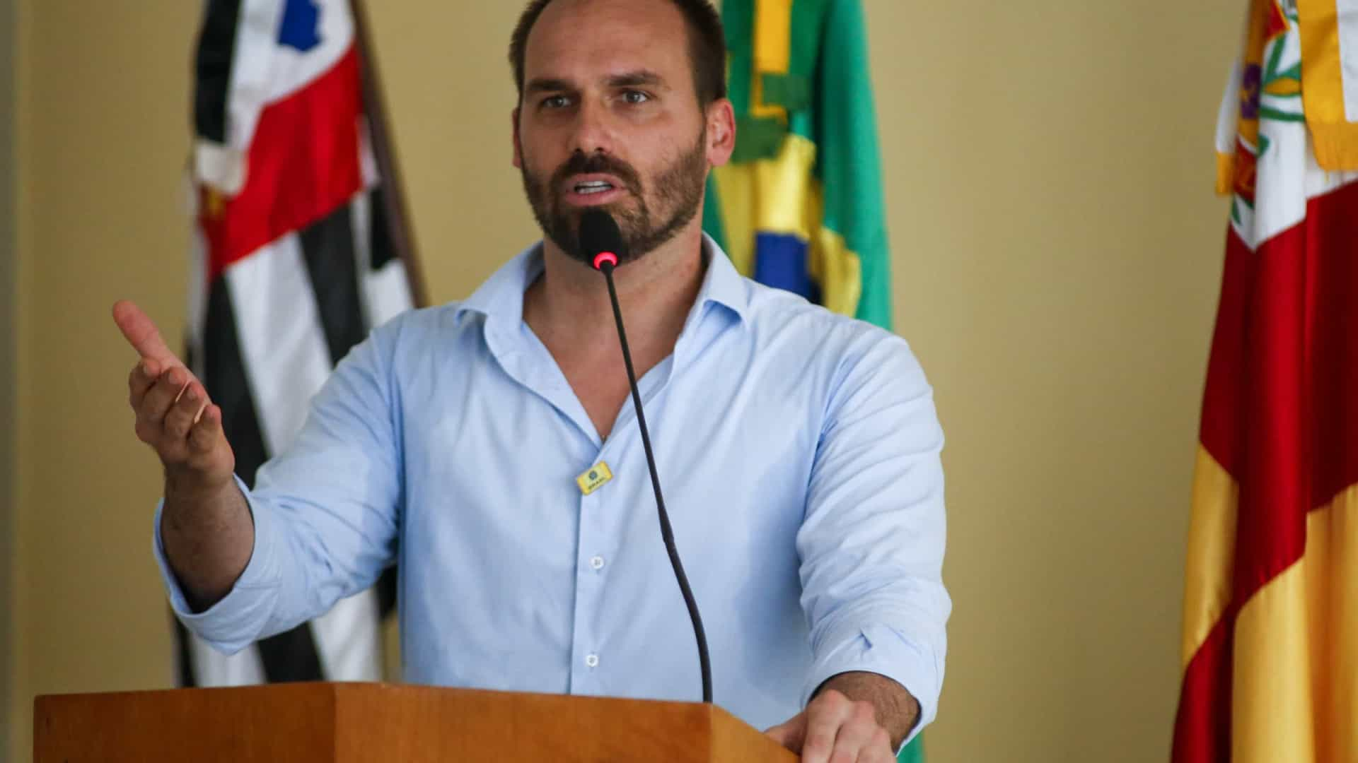 Eduardo Bolsonaro, ministra Tereza Cristina e Bruno Bianco, da AGU, recebem diagnóstico de Covid