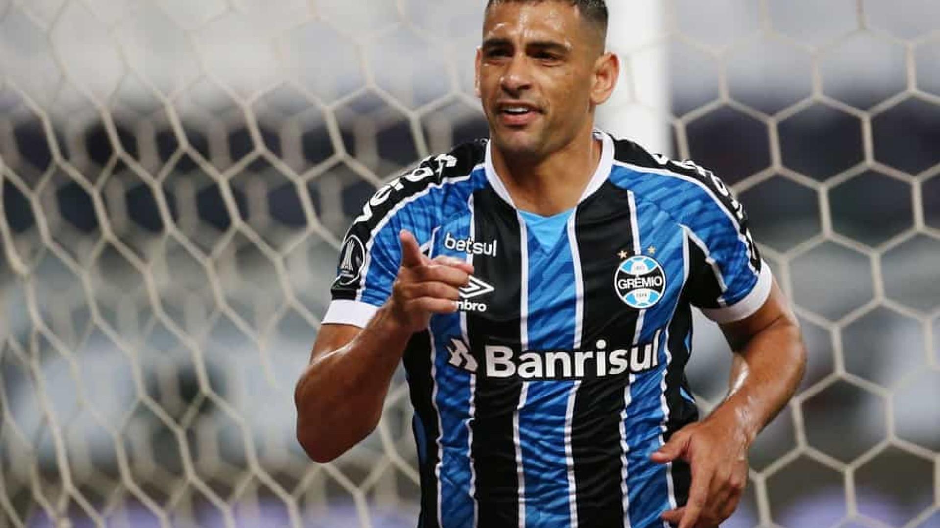 Grêmio põe força defensiva à prova e aposta em Diego Souza contra o Atlético-MG