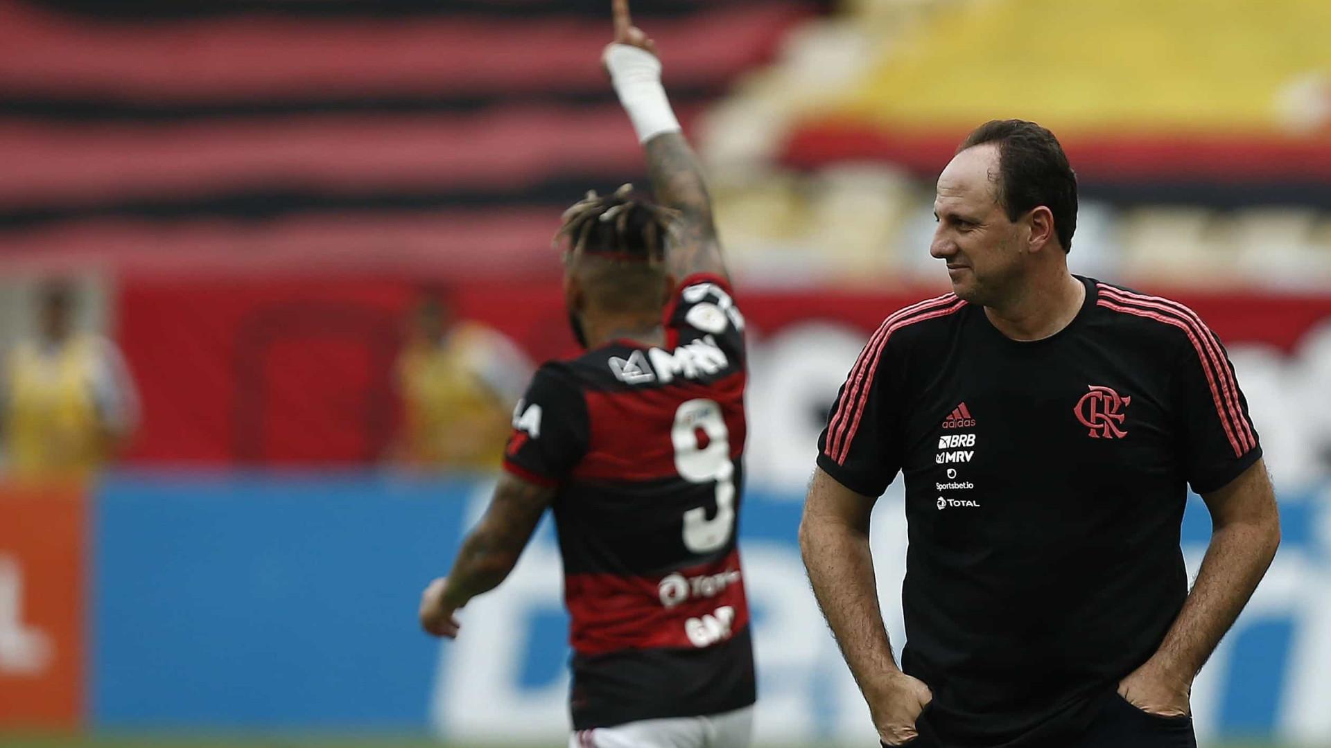 Pressionado, Ceni revive roteiro de Domènec no Flamengo