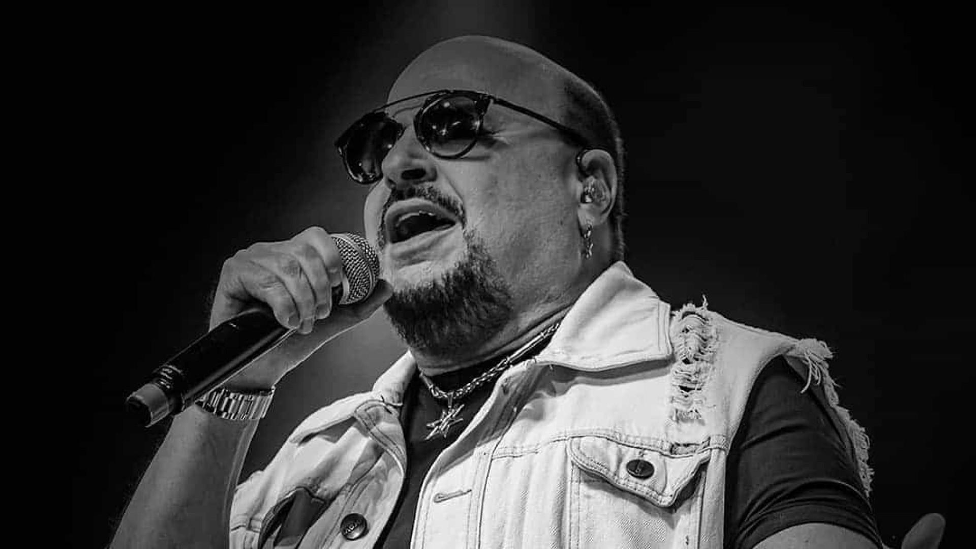 Roupa Nova regressa com live após morte de Paulinho