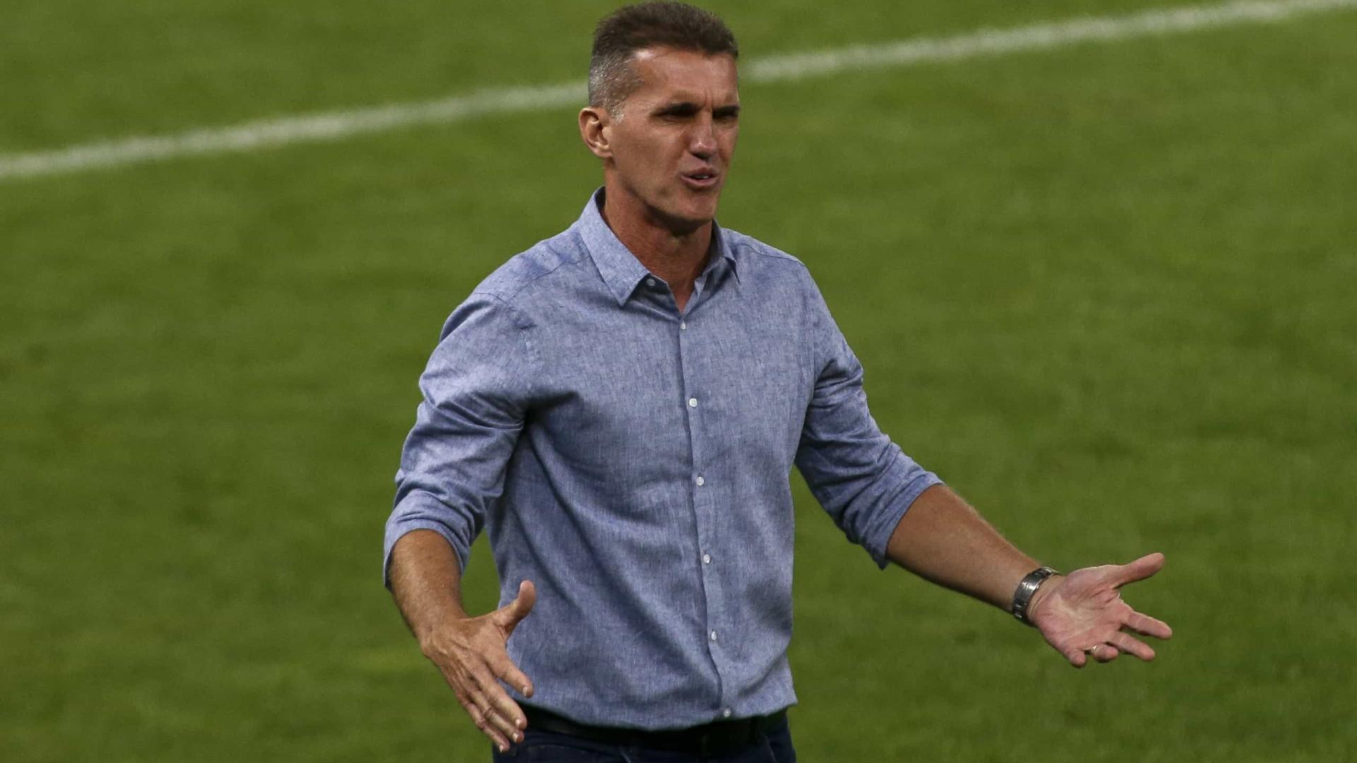 """Corinthians não admite tropeço diante do Bragantino por """"missão Libertadores"""""""