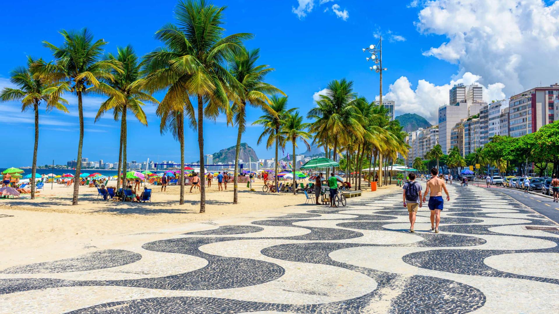 Fechamento de quiosques em praias do Rio divide opiniões