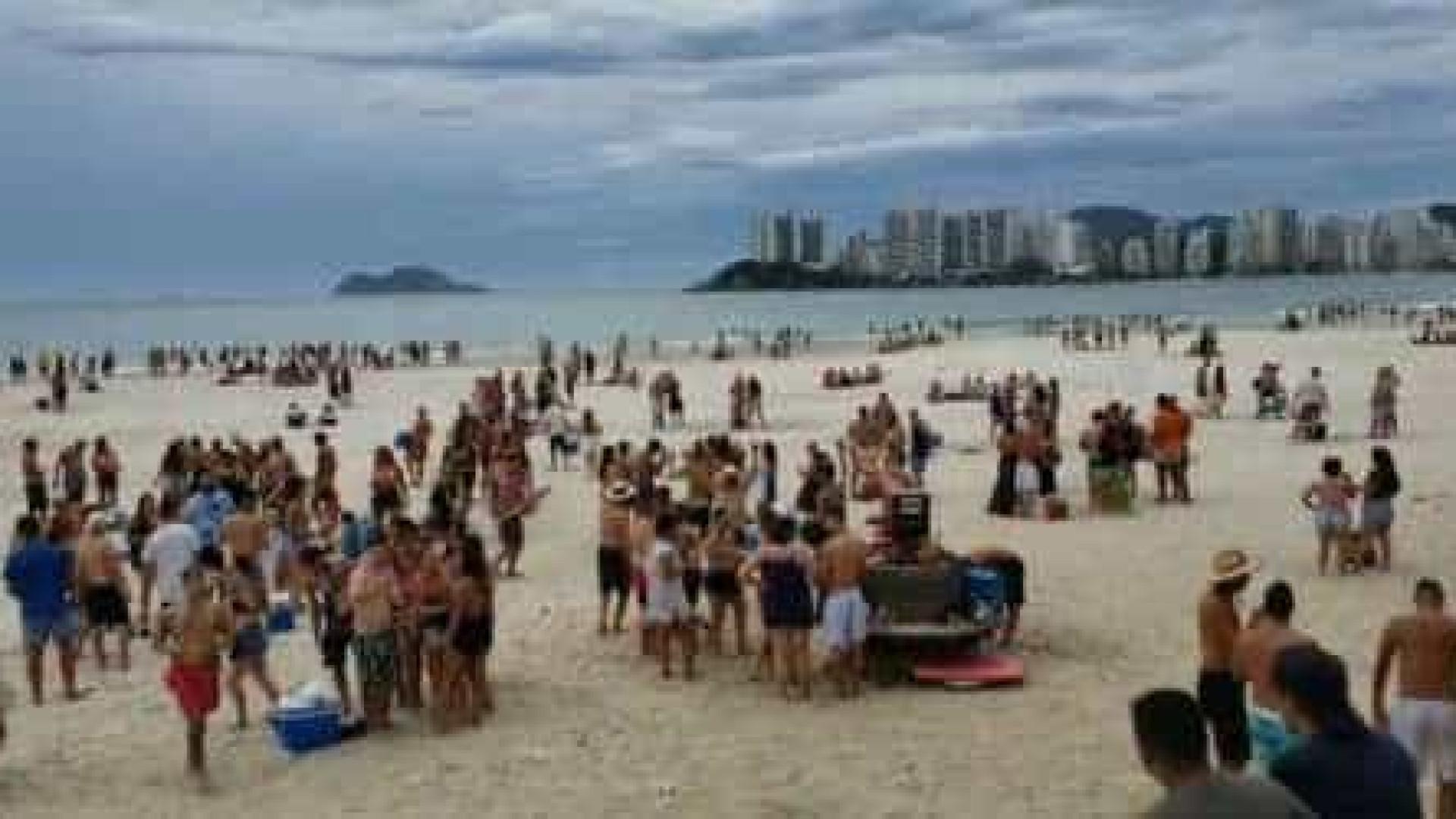 Em SP, turismo cai no carnaval, mas praias ficam cheias