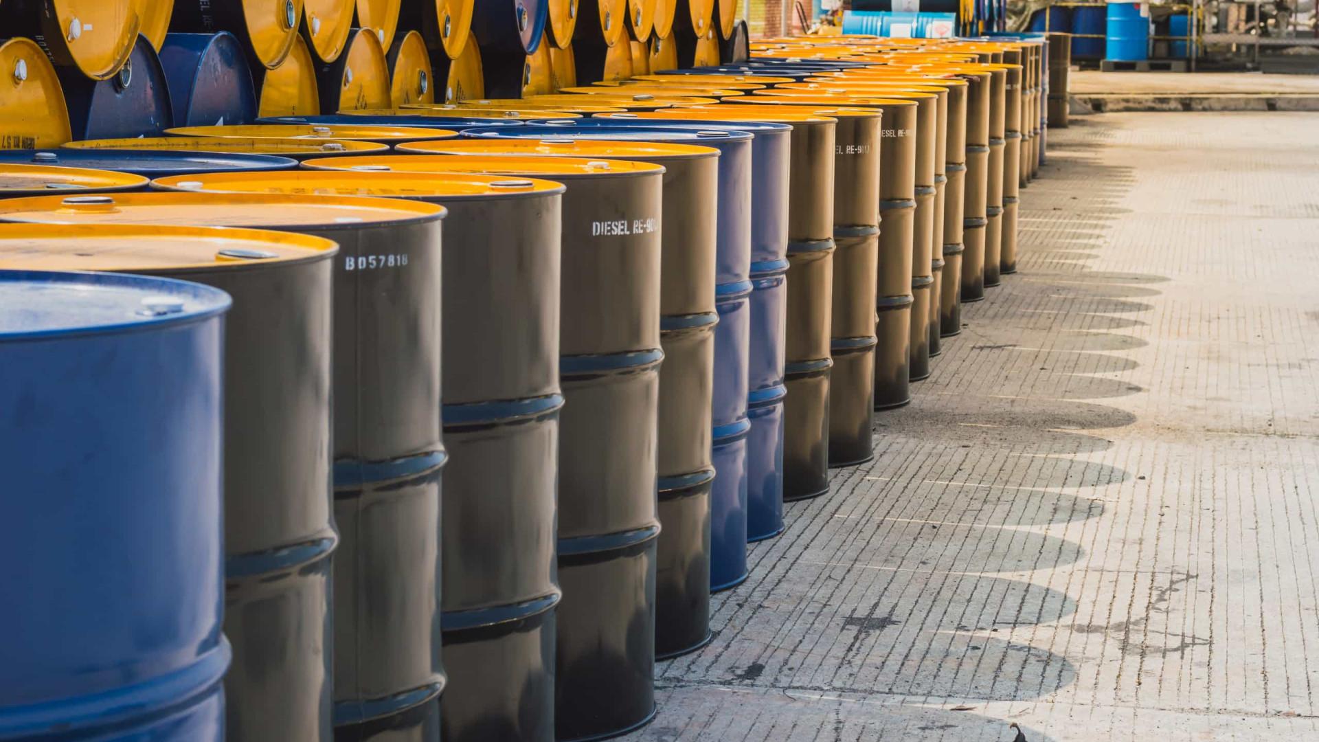 AIE/petróleo: excesso de oferta gerada na pandemia está quase de volta ao normal