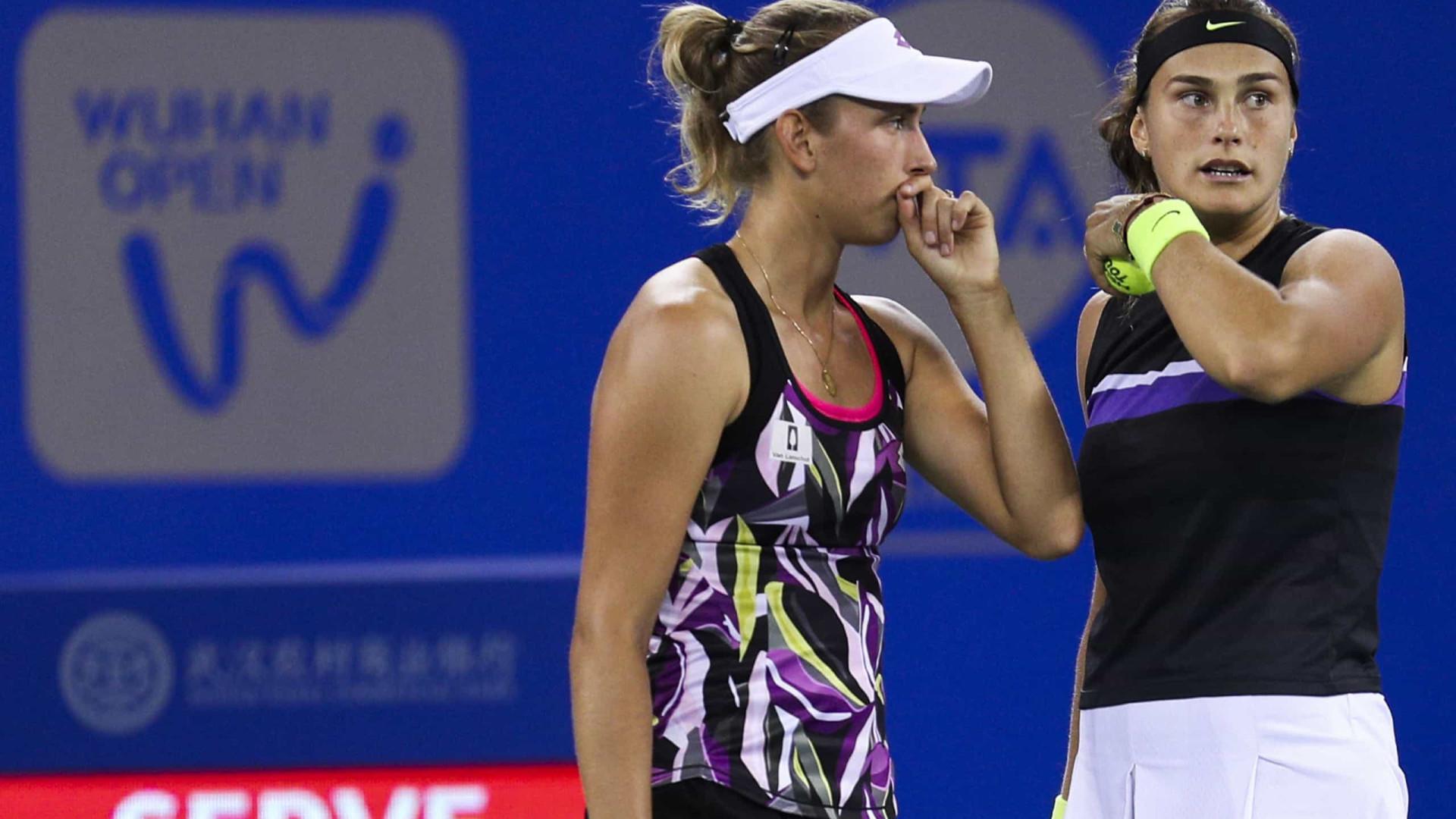 Sabalenka e Kudermetova passam pelas semifinais e vão disputar título em Abu Dabi