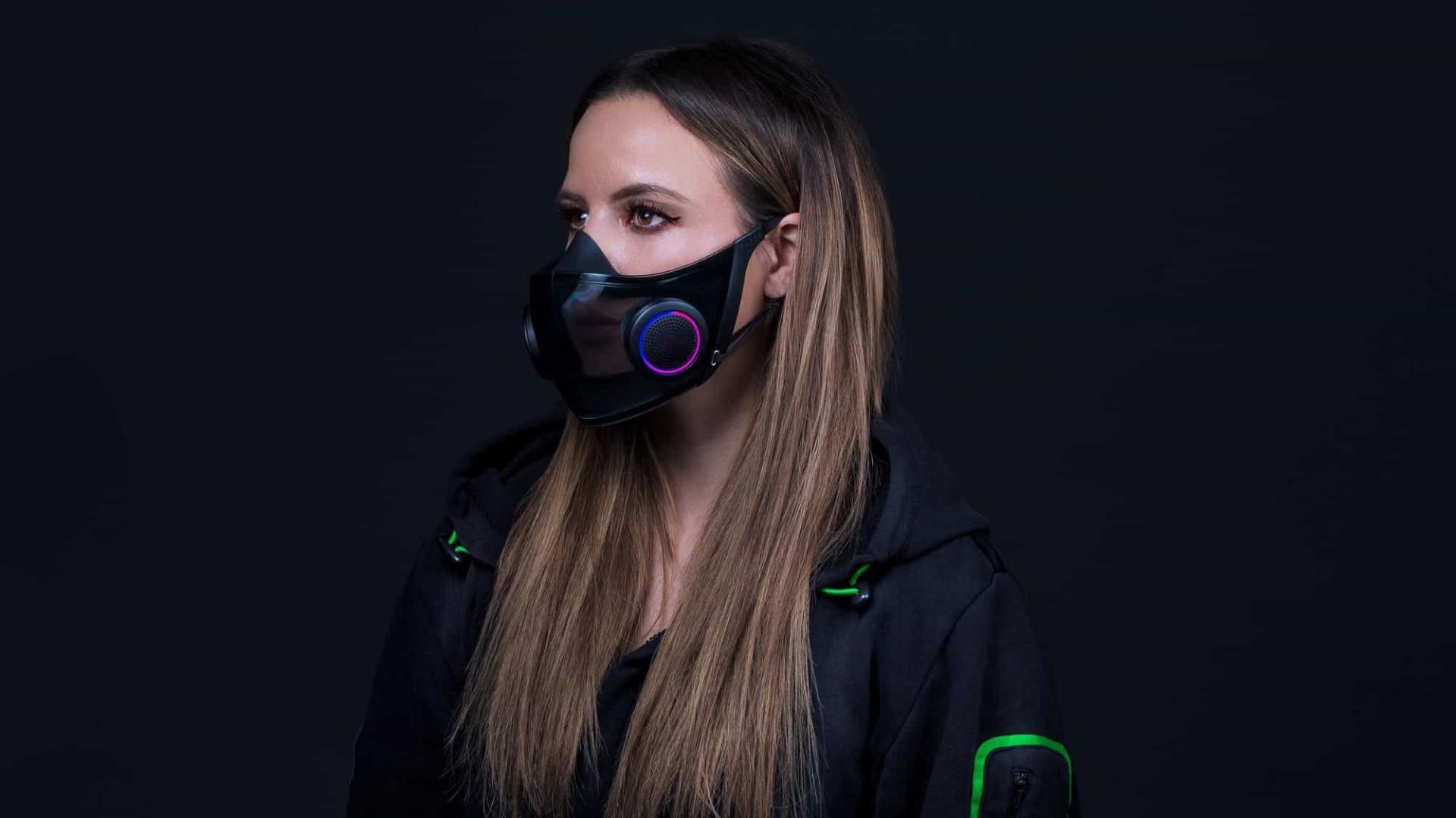 Razer cria máscara transparente com microfone