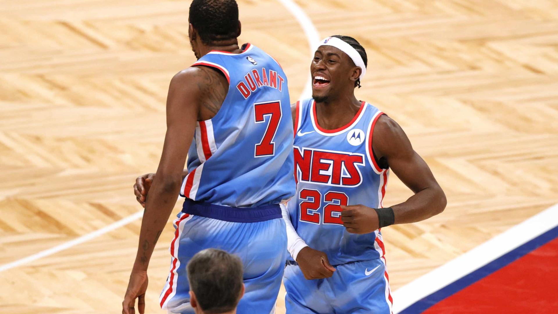 À espera de Harden, Nets batem os Knicks no clássico de Nova York; Lakers vencem