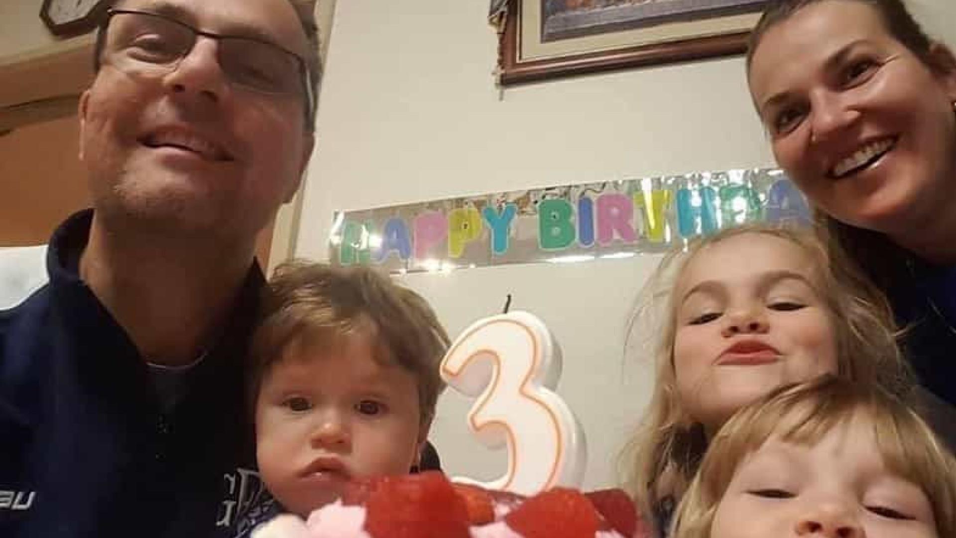 Mãe e três filhos mortos em casa. Pai é suspeito
