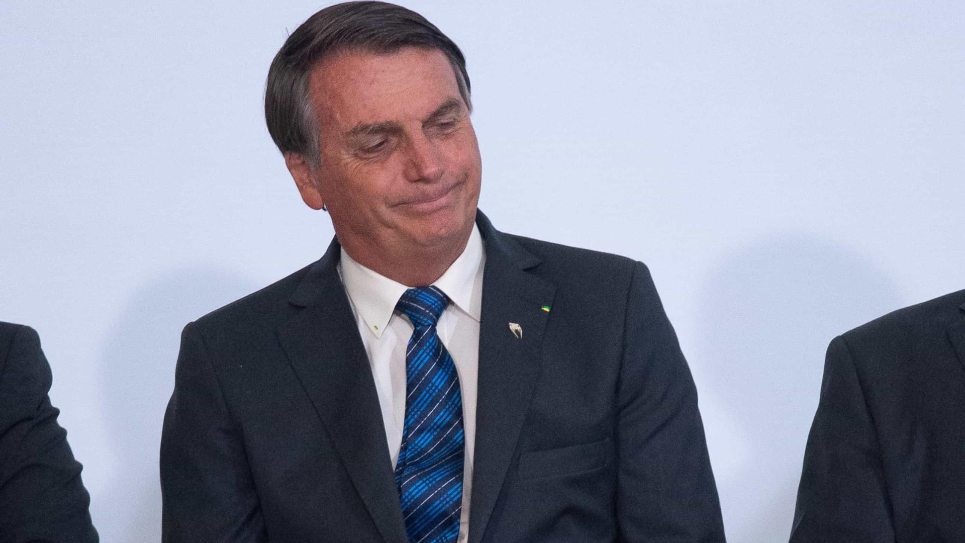 Bolsonaro ironiza atos por impeachment: 'vi uma carreta monstro de uns 10 carros'