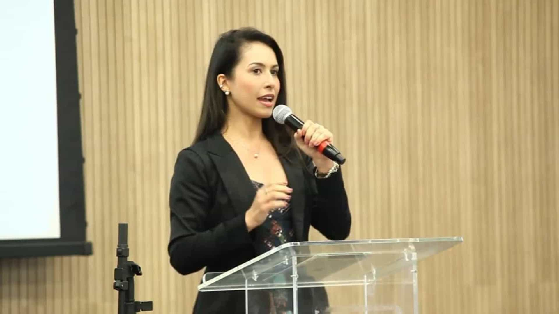 Corregedora vai ouvir juíza que desafia CNJ e critica máscara