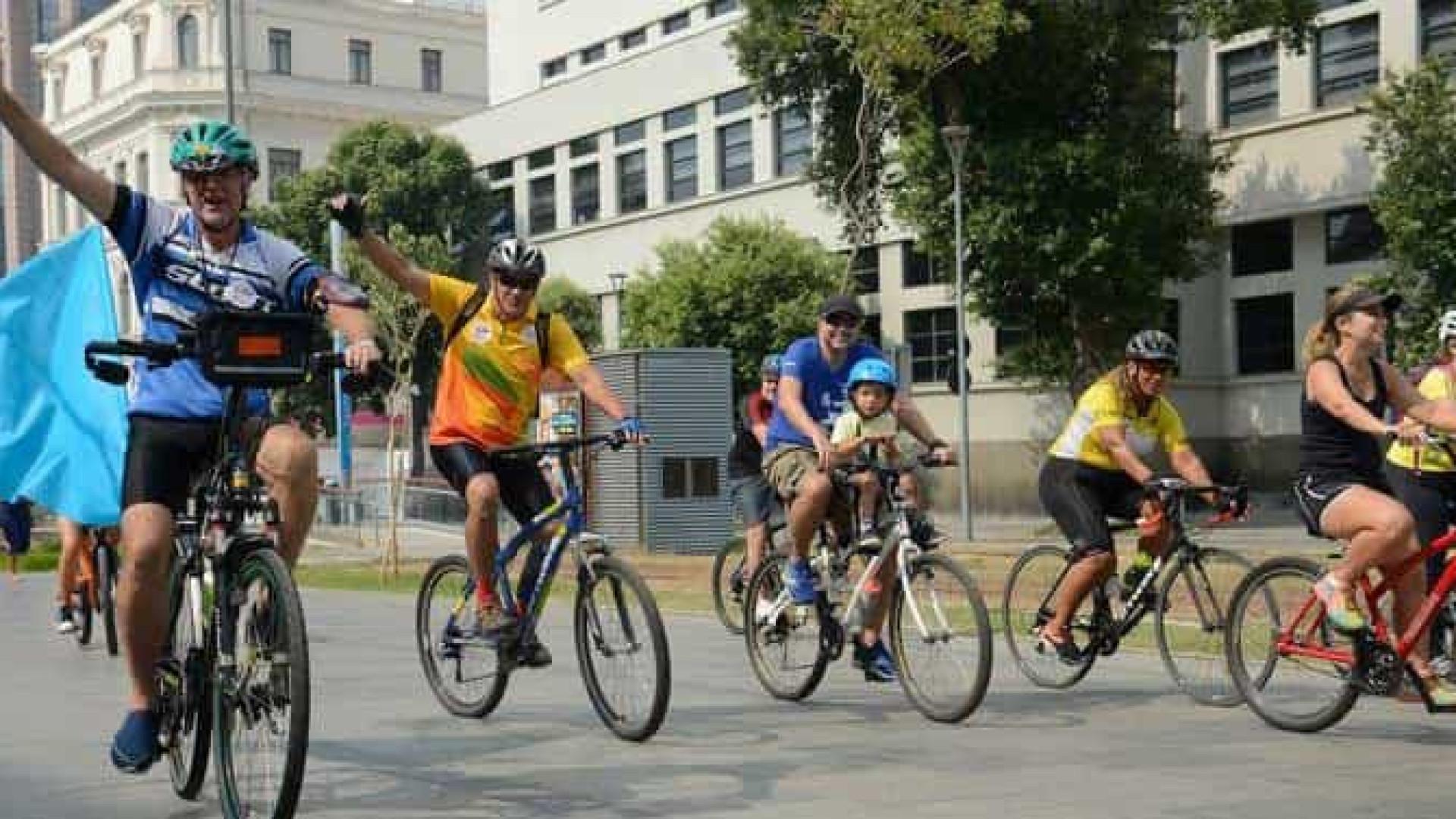 Ciclistas protestam contra morte de colega por motorista bêbado