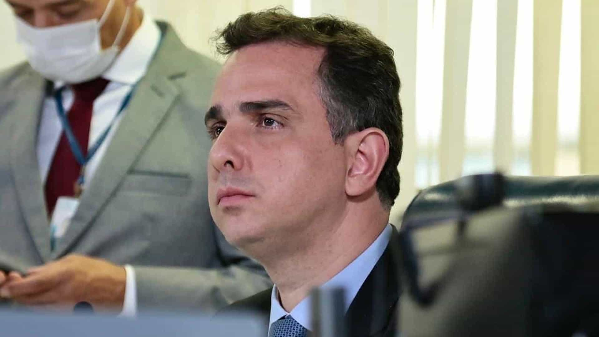 Pacheco cobra da Economia a implantação do auxílio o mais rápido possível