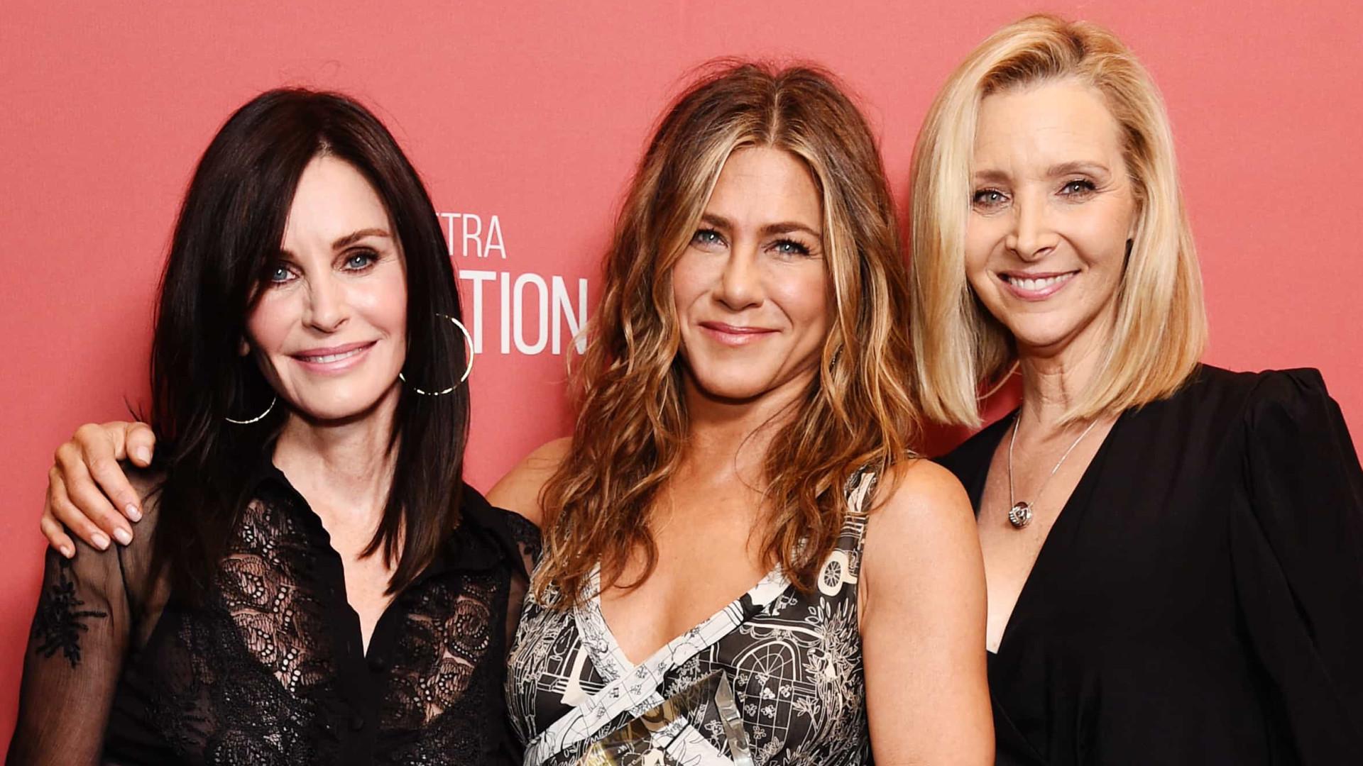 'Verdadeira choradeira', Lisa Kudrow fala sobre reunião de 'Friends'