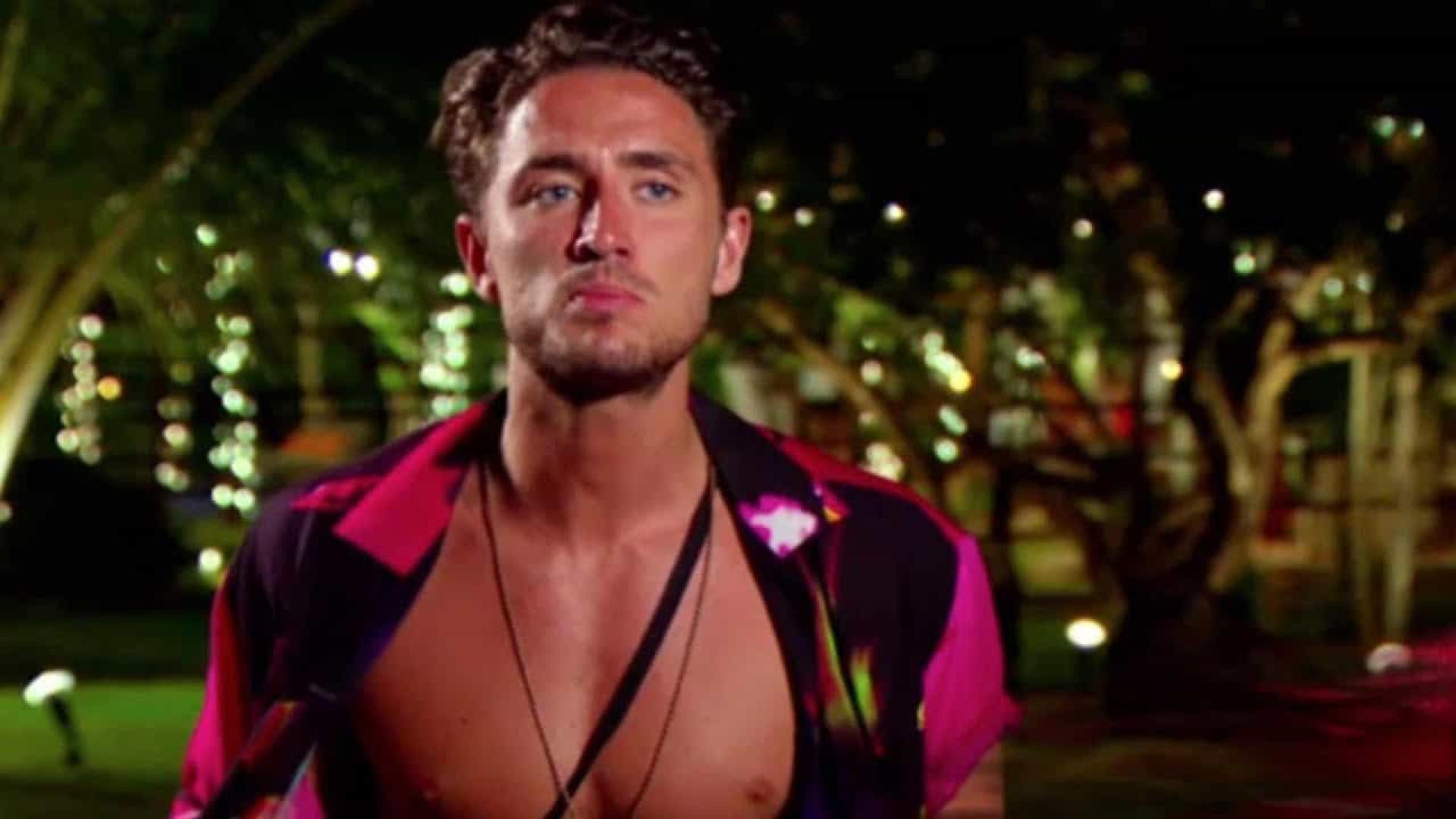 Vencedor do Big Brother britânico é preso por divulgar vídeo íntimo com ex-namorada