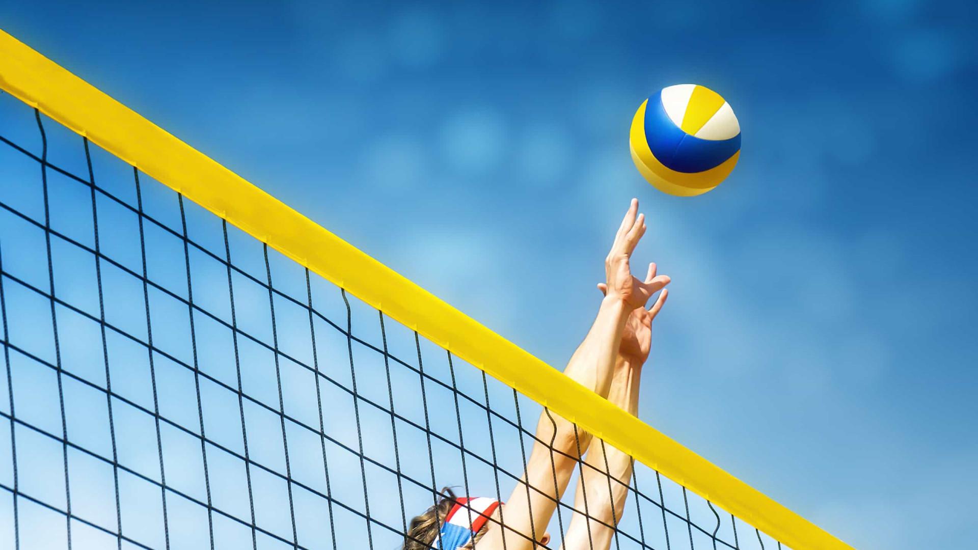 Vôlei de Praia: novas duplas e parcerias olímpicas jogam no RJ