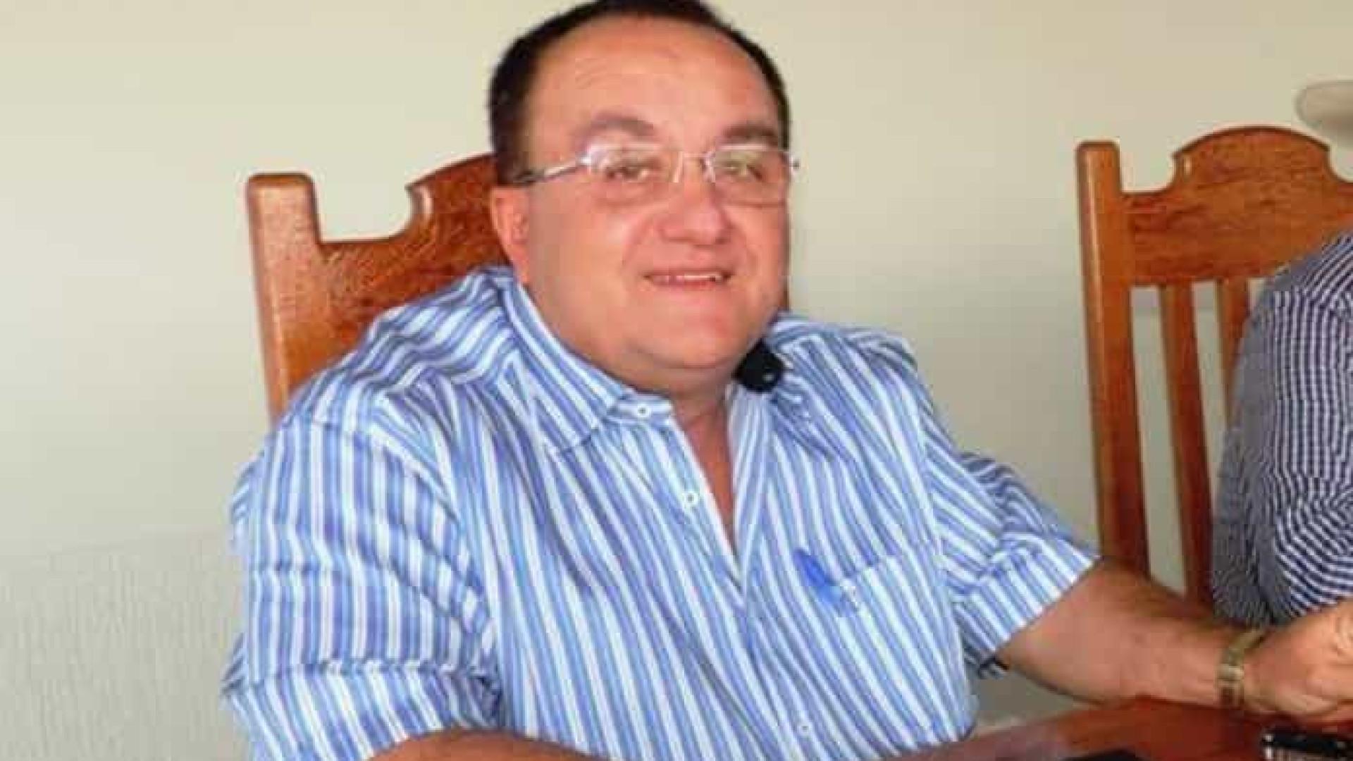 MP-BA vê improbidade e pede multa a prefeito do interior que furou fila de vacina