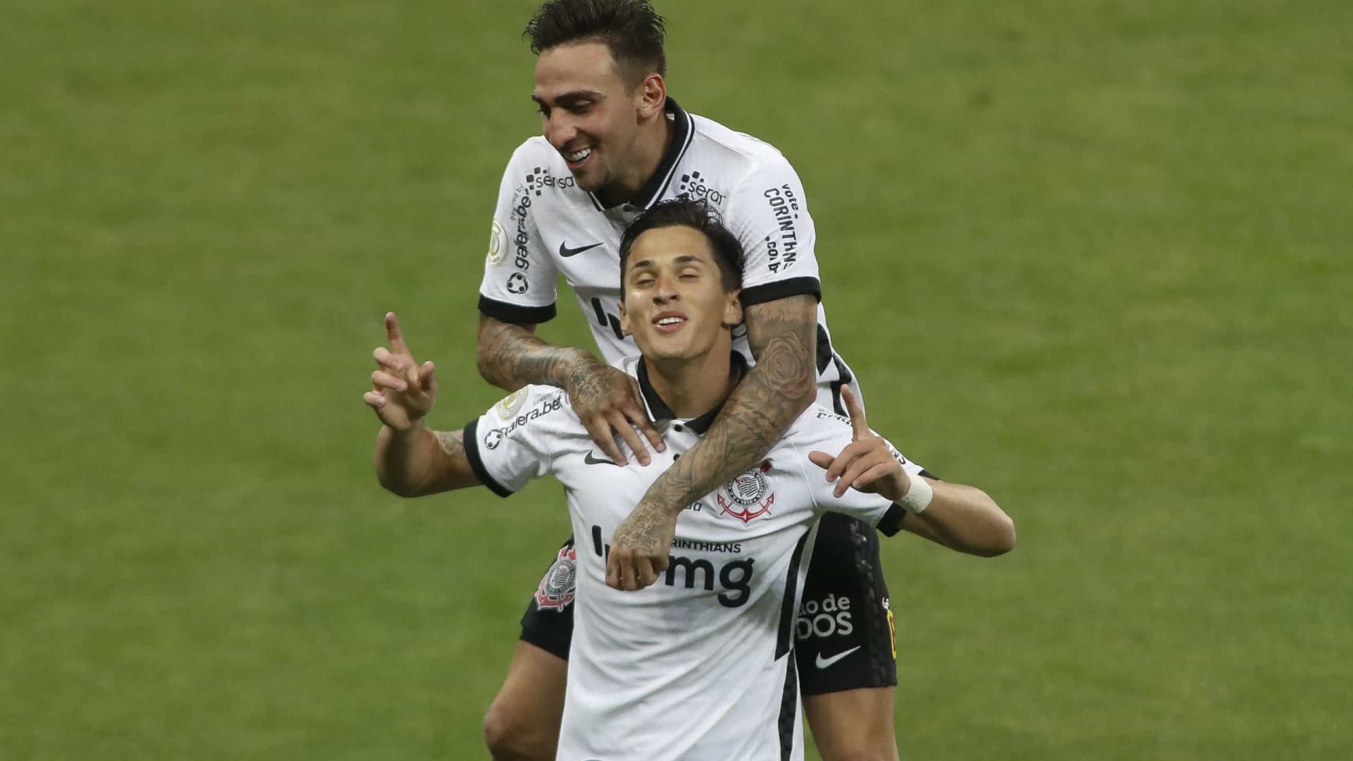 Mateus Vital festeja 'resposta rápida' e o terceiro gol em quatro jogos