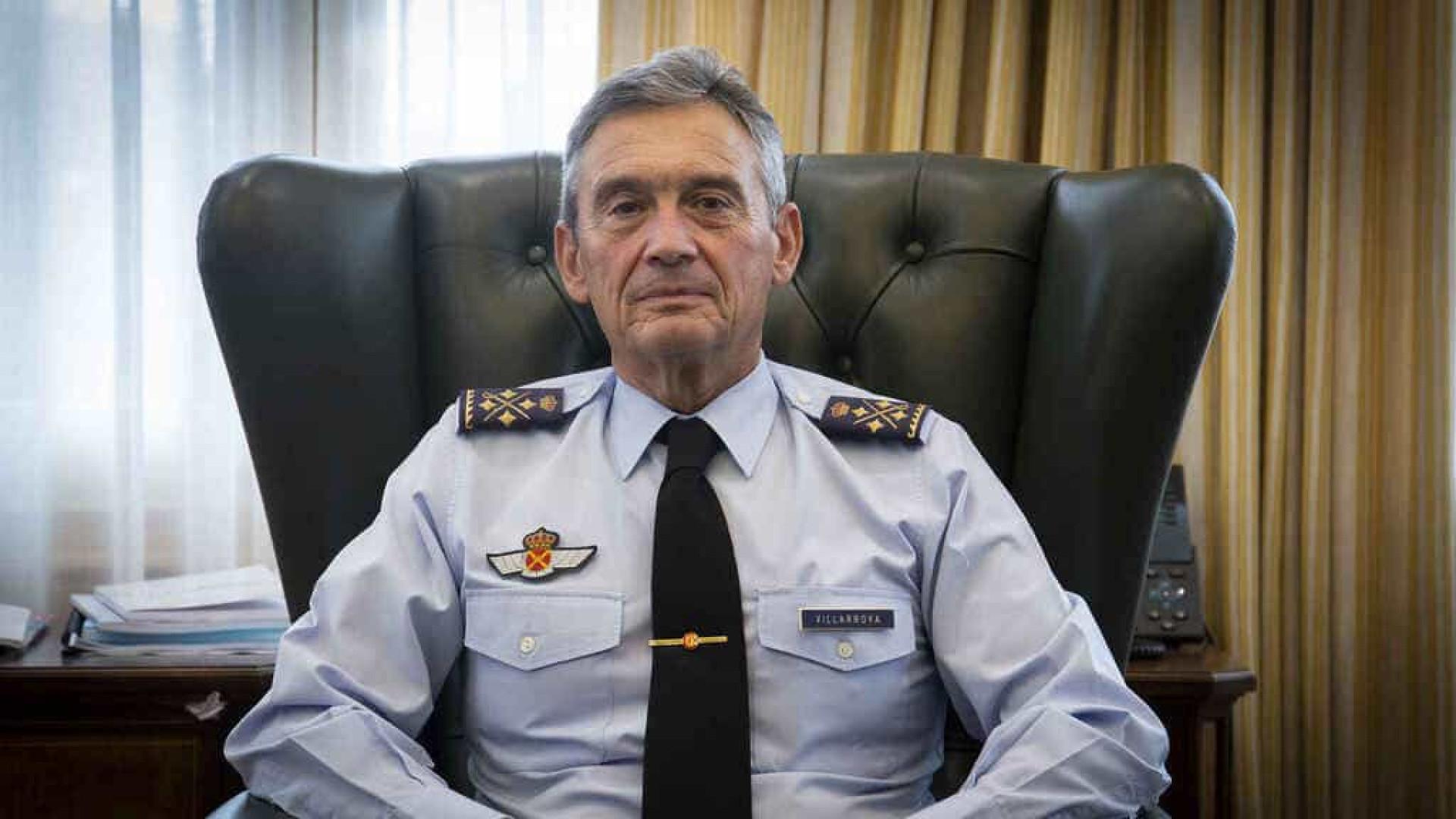 Acusado de furar fila da vacina, chefe do Estado-Maior espanhol renuncia