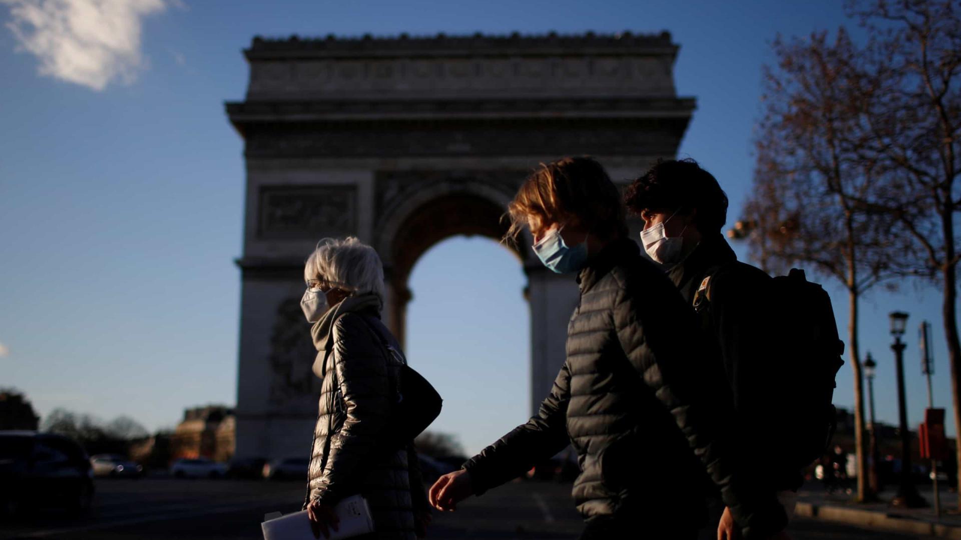 França reporta 22 mil contágios e mais 612 óbitos