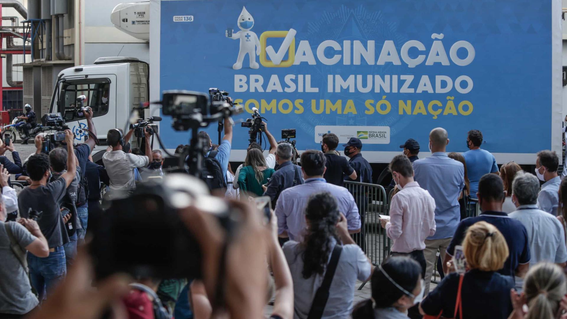 Brasil com quase 62 mil novos casos e 1.214 mortes nas últimas 24 horas