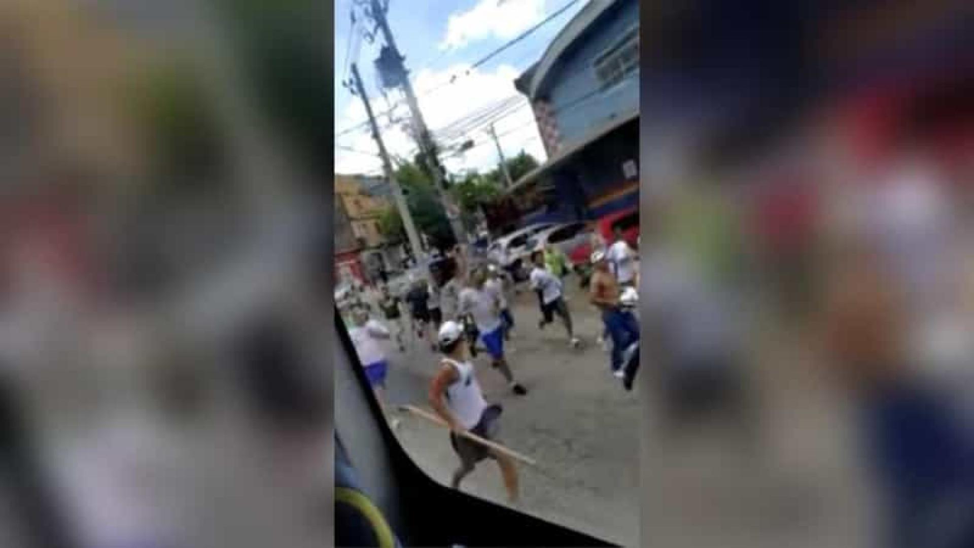 Confronto entre torcedores de Palmeiras e Corinthians deixa um morto em São Paulo
