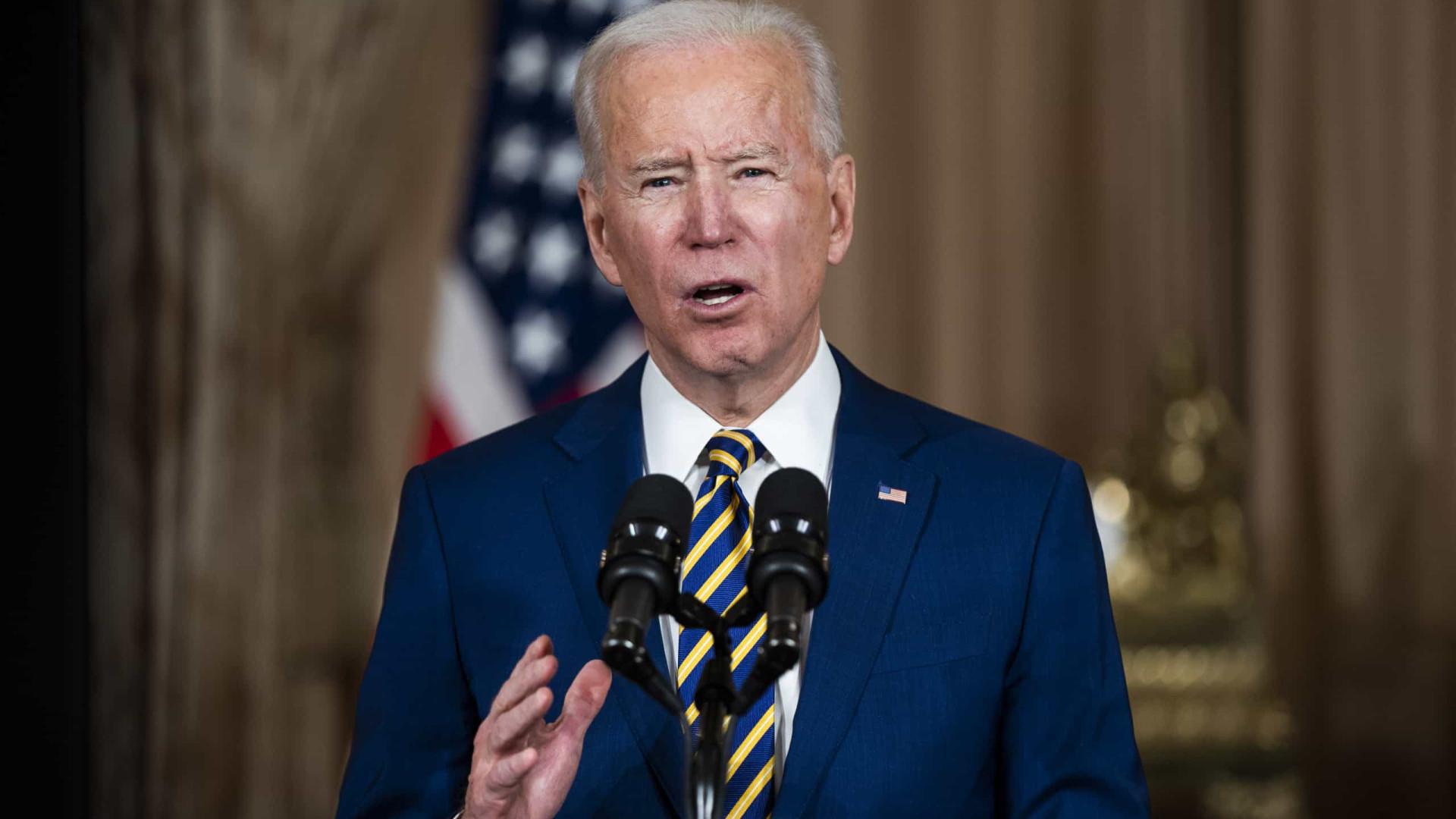 Biden propõe US$ 2 tri em investimentos nos EUA e alta de imposto