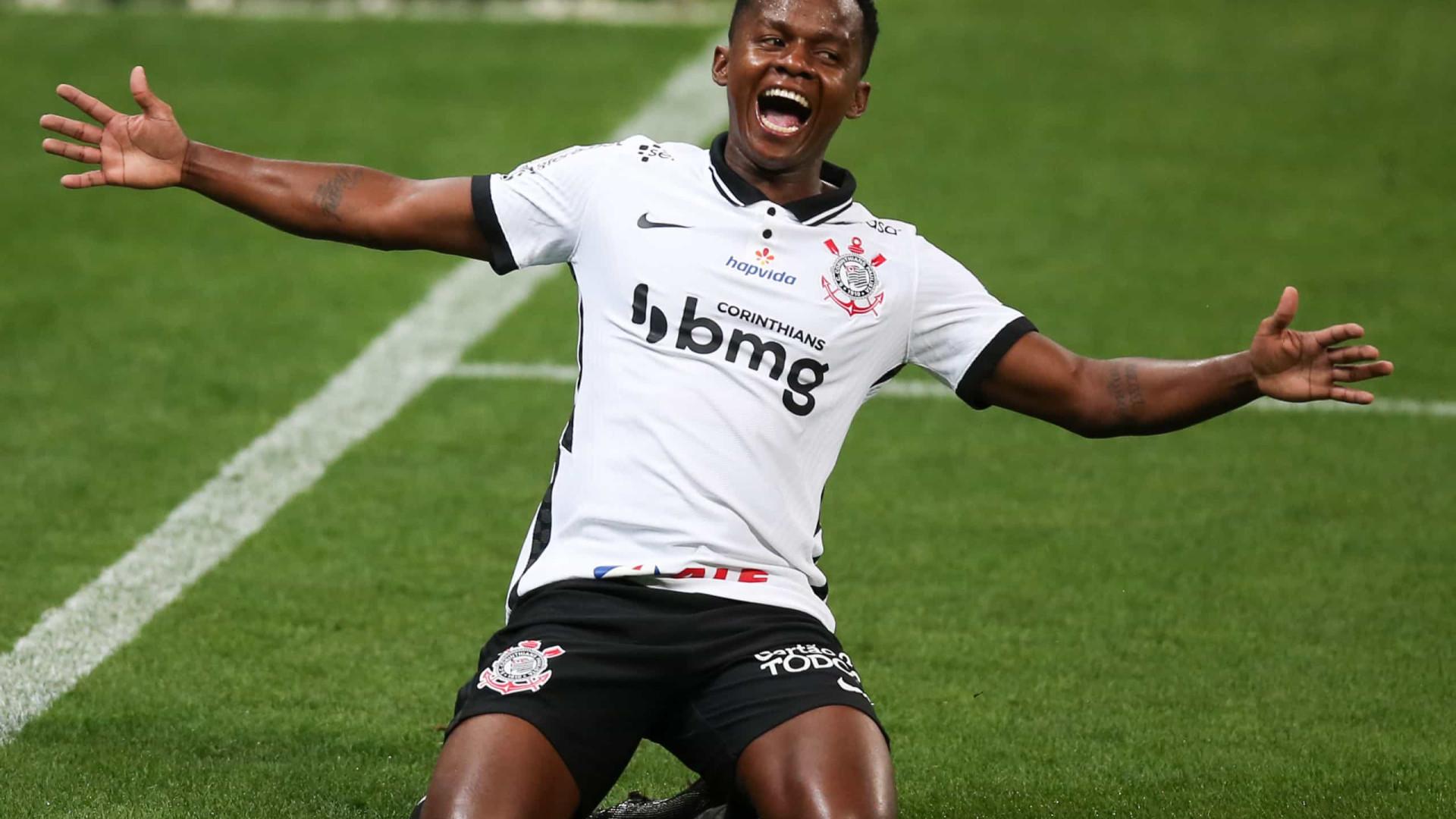 Recuperado de lesão, Cazares deve reforçar Corinthians contra o Flamengo
