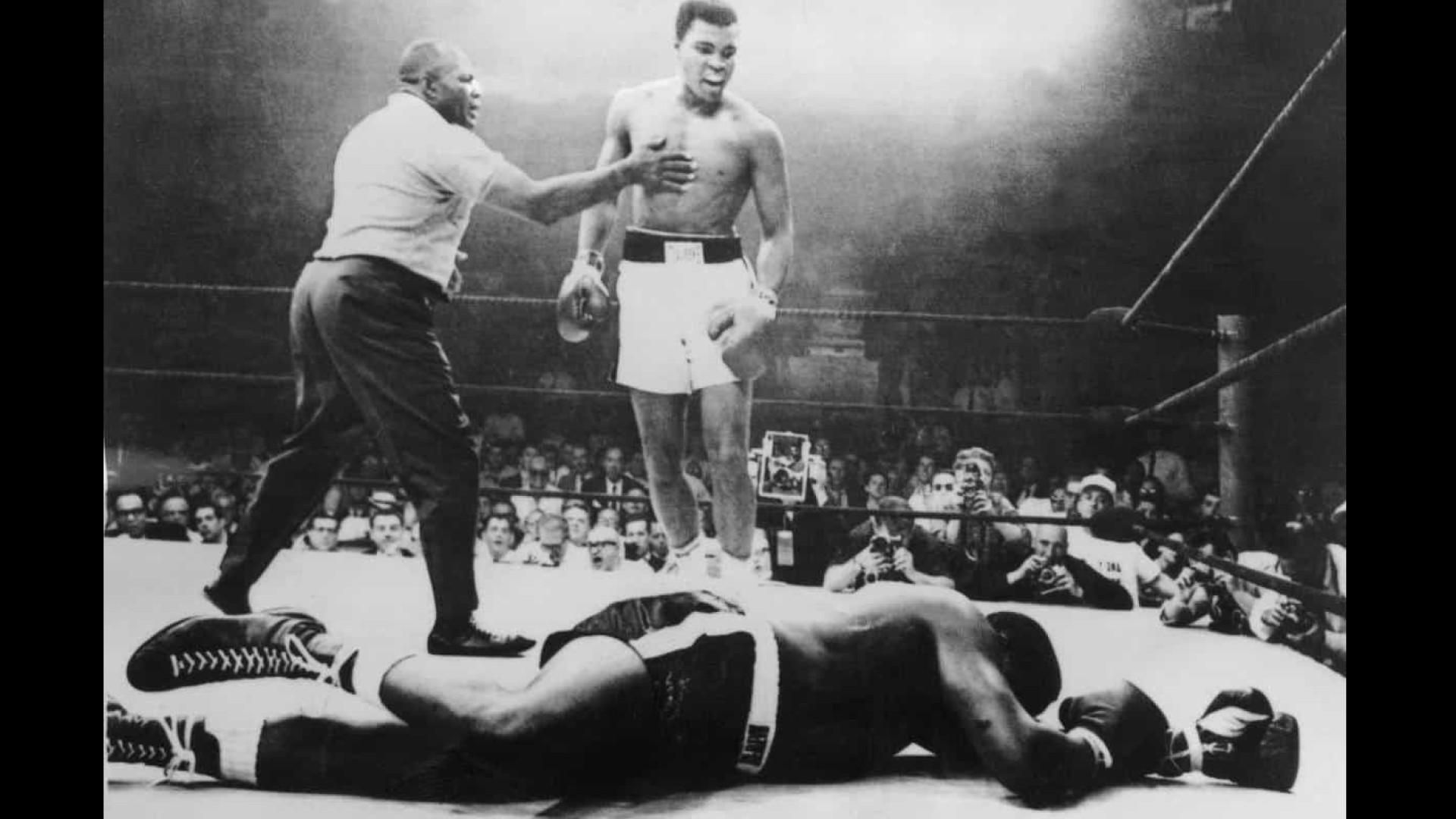 Biografia expõe homem que carregou fardo da lenda do boxe Muhammad Ali