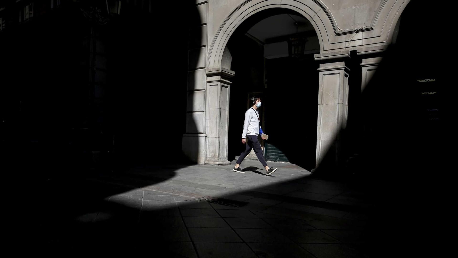 Espanha reporta mais 337 mortes, ultrapassa 3,1 milhões de casos