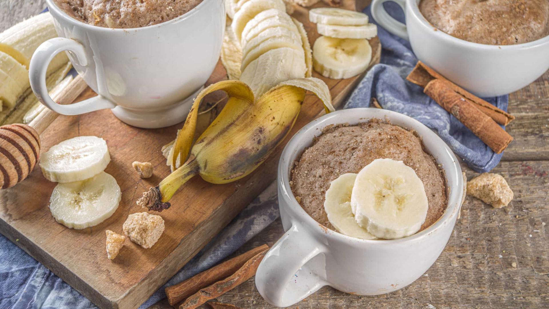Sem farinha, açúcar ou ovos! Prepare este delicioso bolo de caneca
