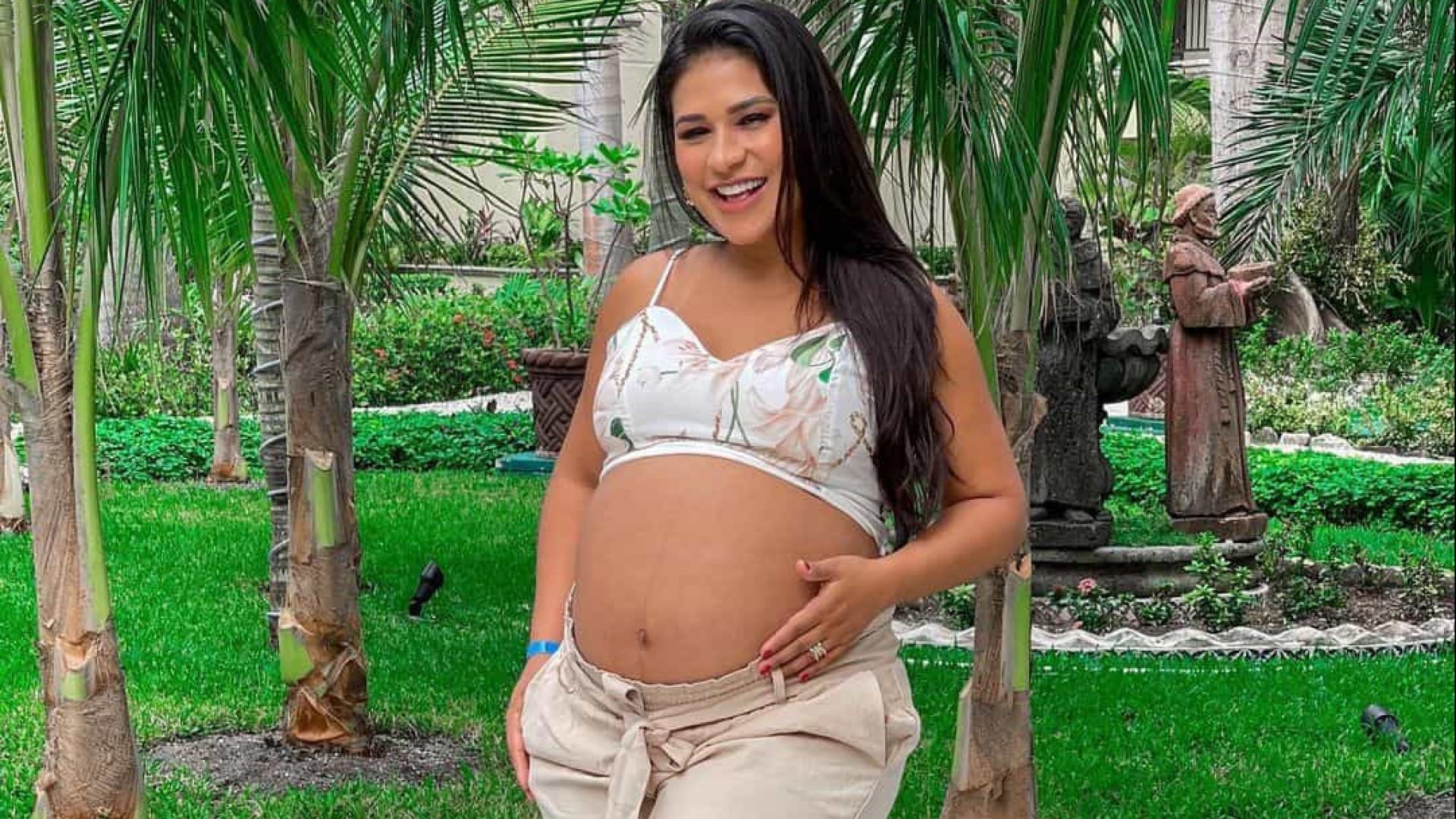 Simone dá à luz Zaya, segunda filha com Kaká Diniz