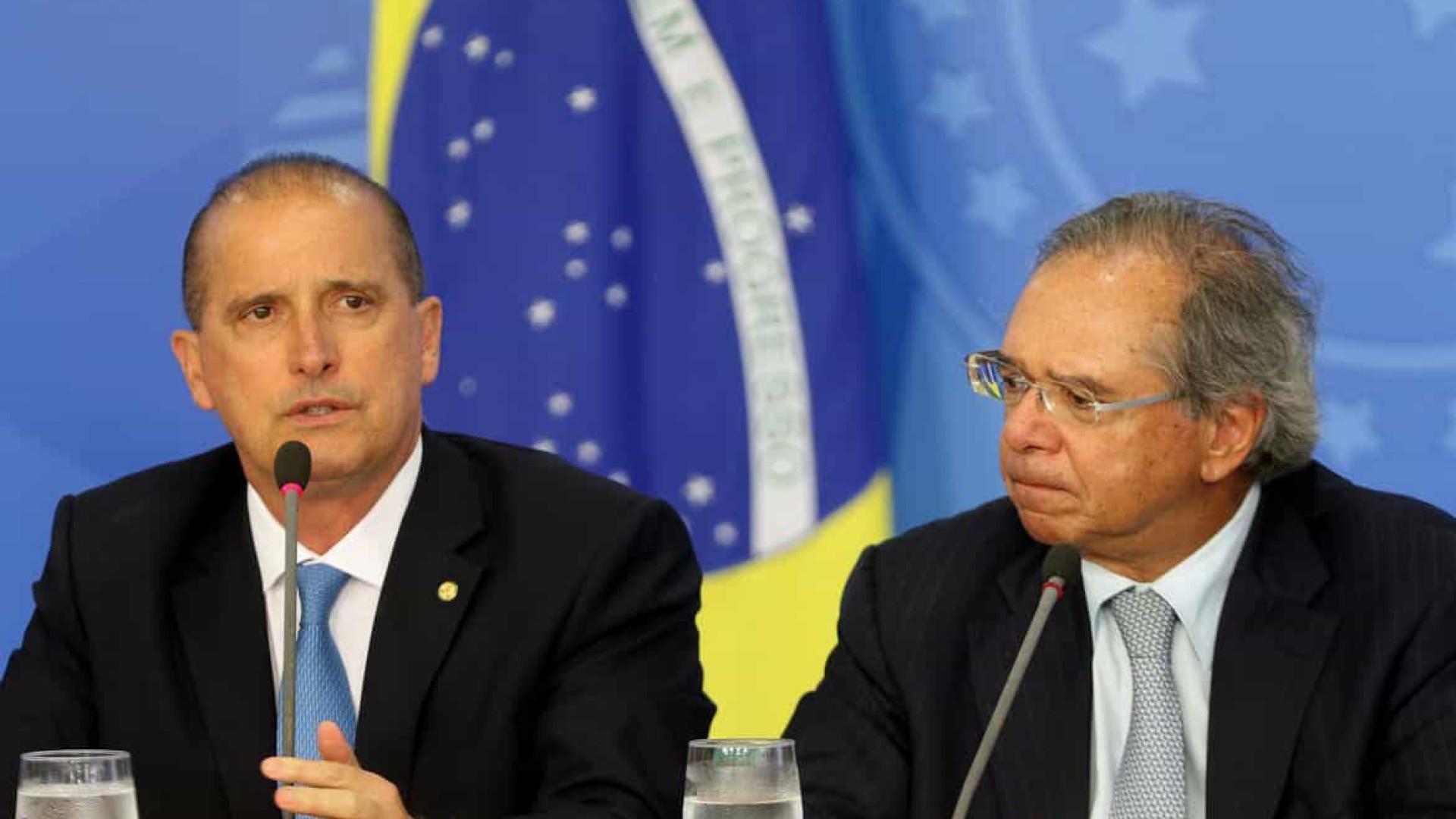 Com sinal verde para venda de estatais, Guedes e Onyx disputam programa de privatização do governo