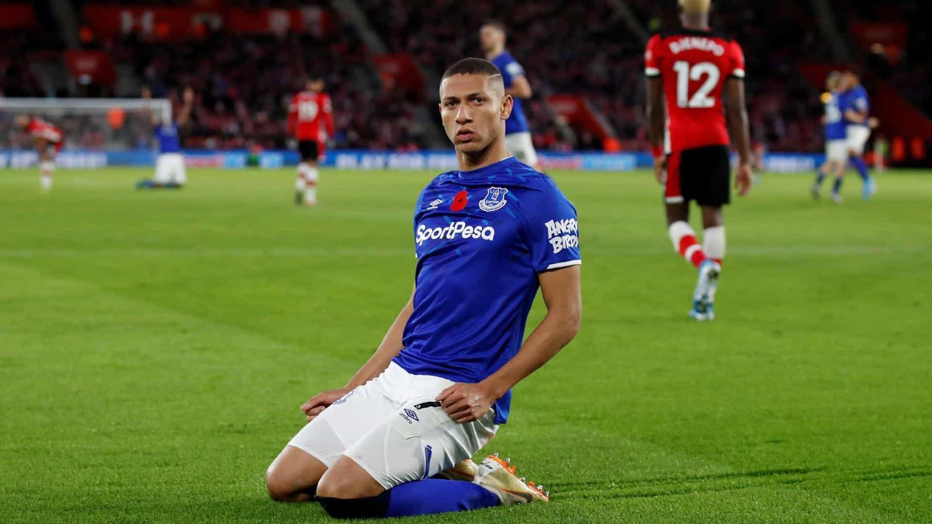 Com gol de Richarlison, Everton derrota o Southampton no Campeonato Inglês