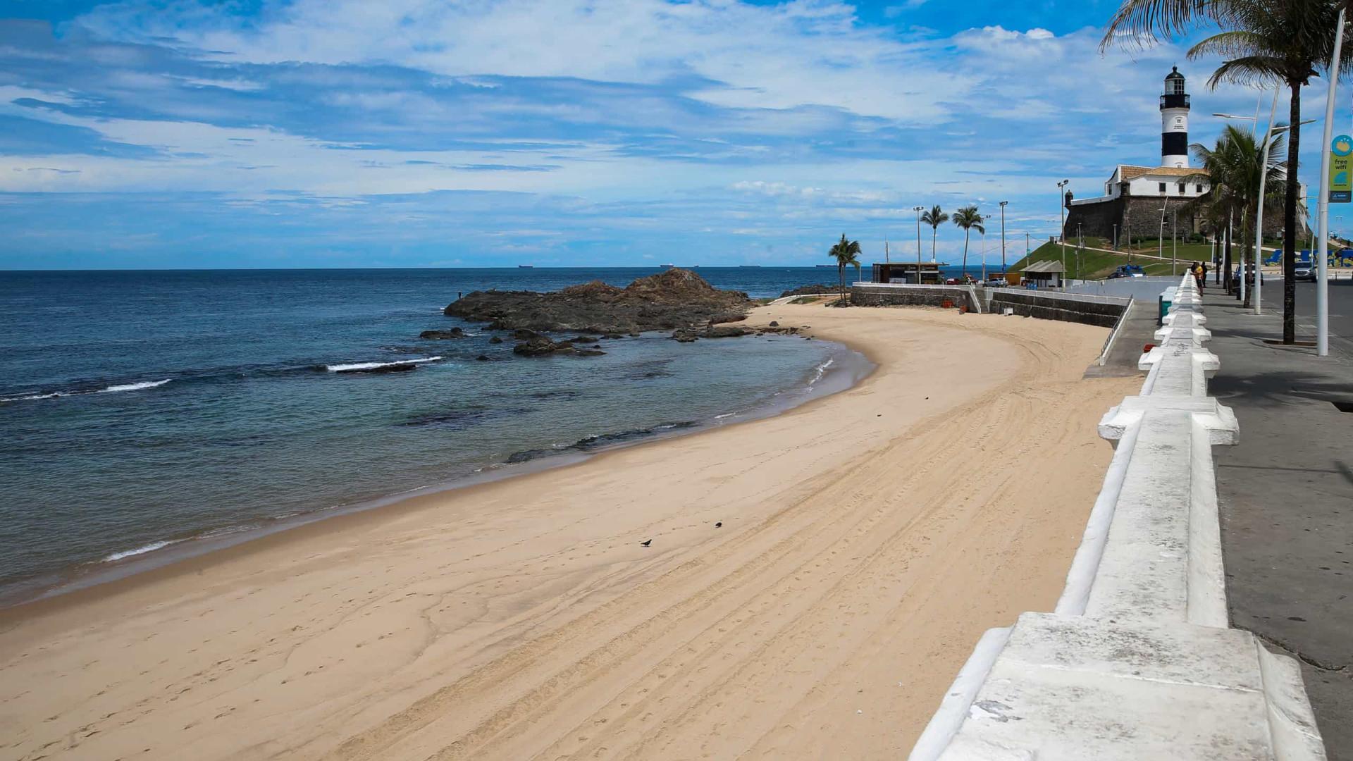 Mais 3 estados adotam restrições como fechamento de praias e toque de recolher contra a Covid-19