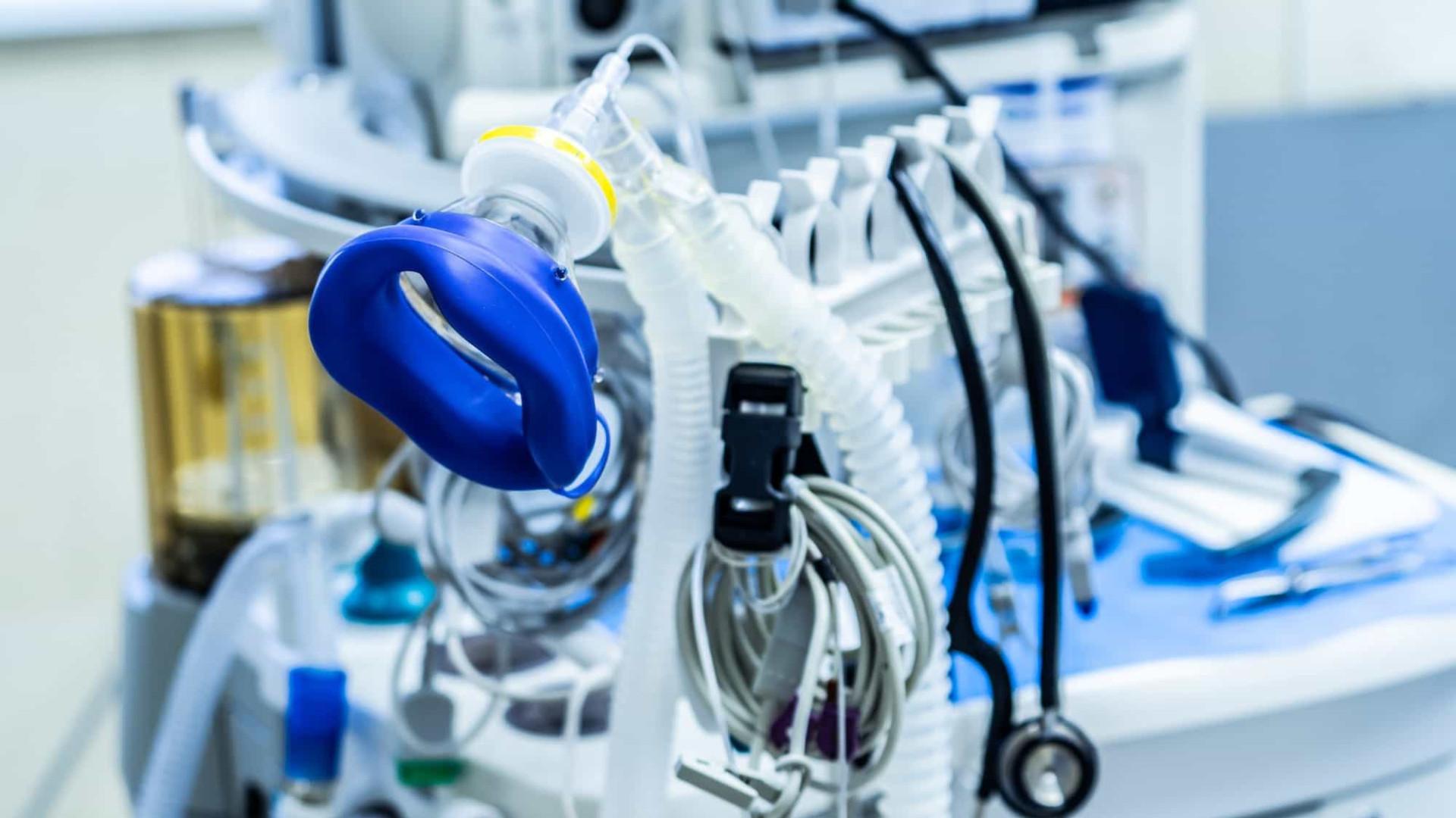 Gorinchteyn anuncia chegada de kit intubação para quase 10 mil leitos